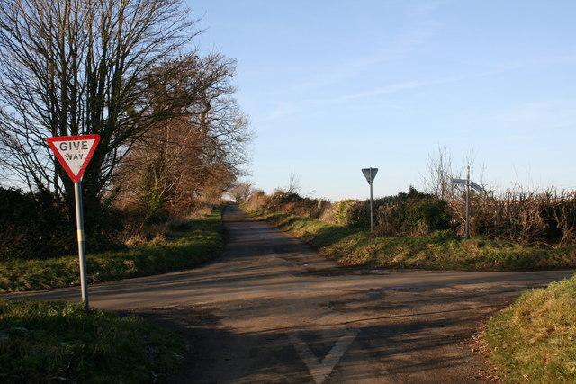 File:Crossroads - geograph.org.uk - 1072593.jpg