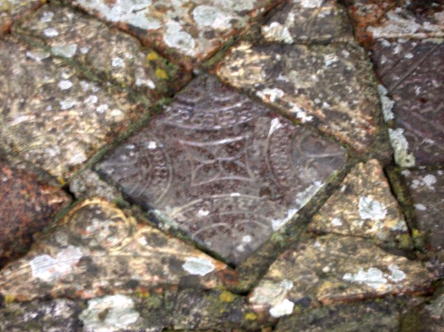 File:Decorated medieval floor tiles at Strata Florida ...