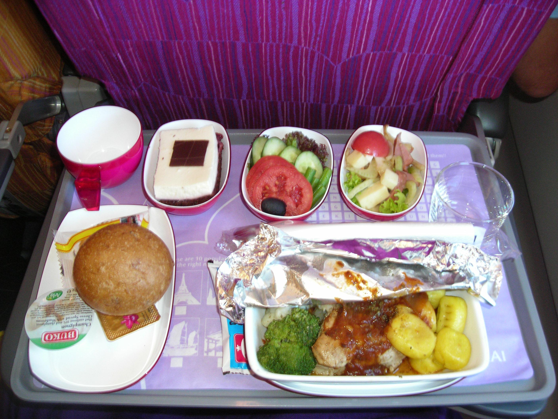 File dinner thai airways intercontinental flight 2007 jpg for Air thai cuisine