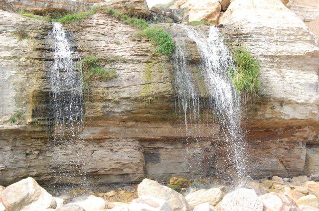 Ecclesbourne Glen Waterfall - geograph.org.uk - 824564