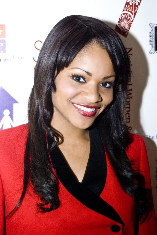 The 39-year old daughter of father (?) and mother(?) Erica Hubbard in 2018 photo. Erica Hubbard earned a  million dollar salary - leaving the net worth at 0.5 million in 2018