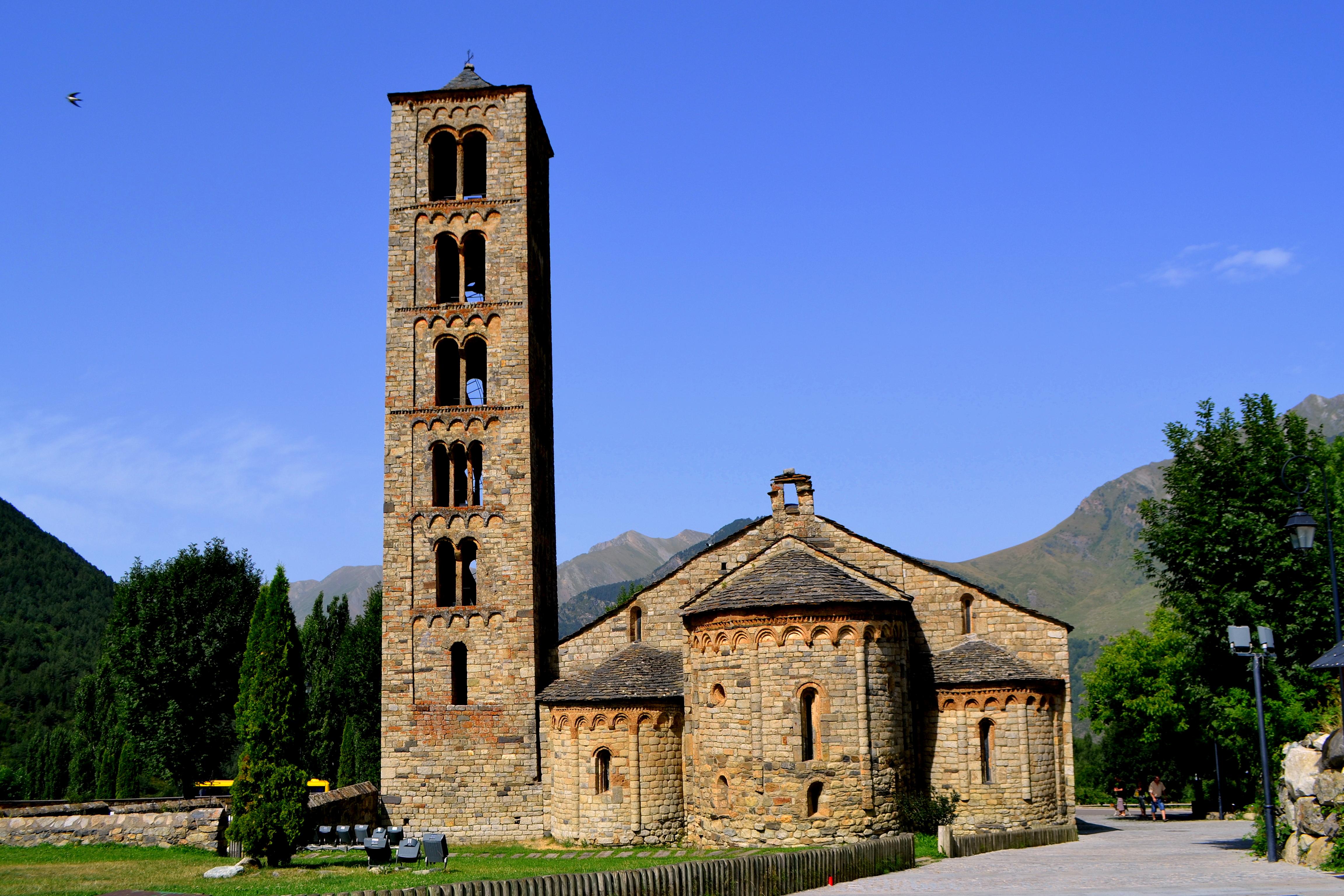 File:Església de Sant Climent de Taüll (la Vall de Boí ...