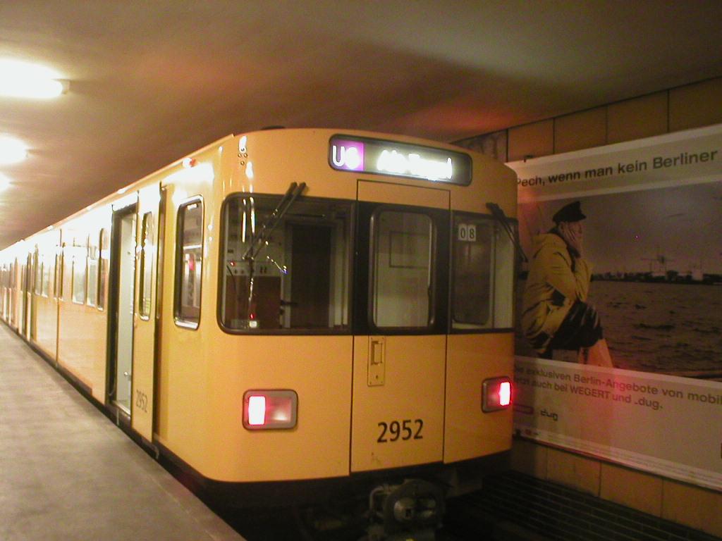 F92_U-Bahn_Berlin.JPG