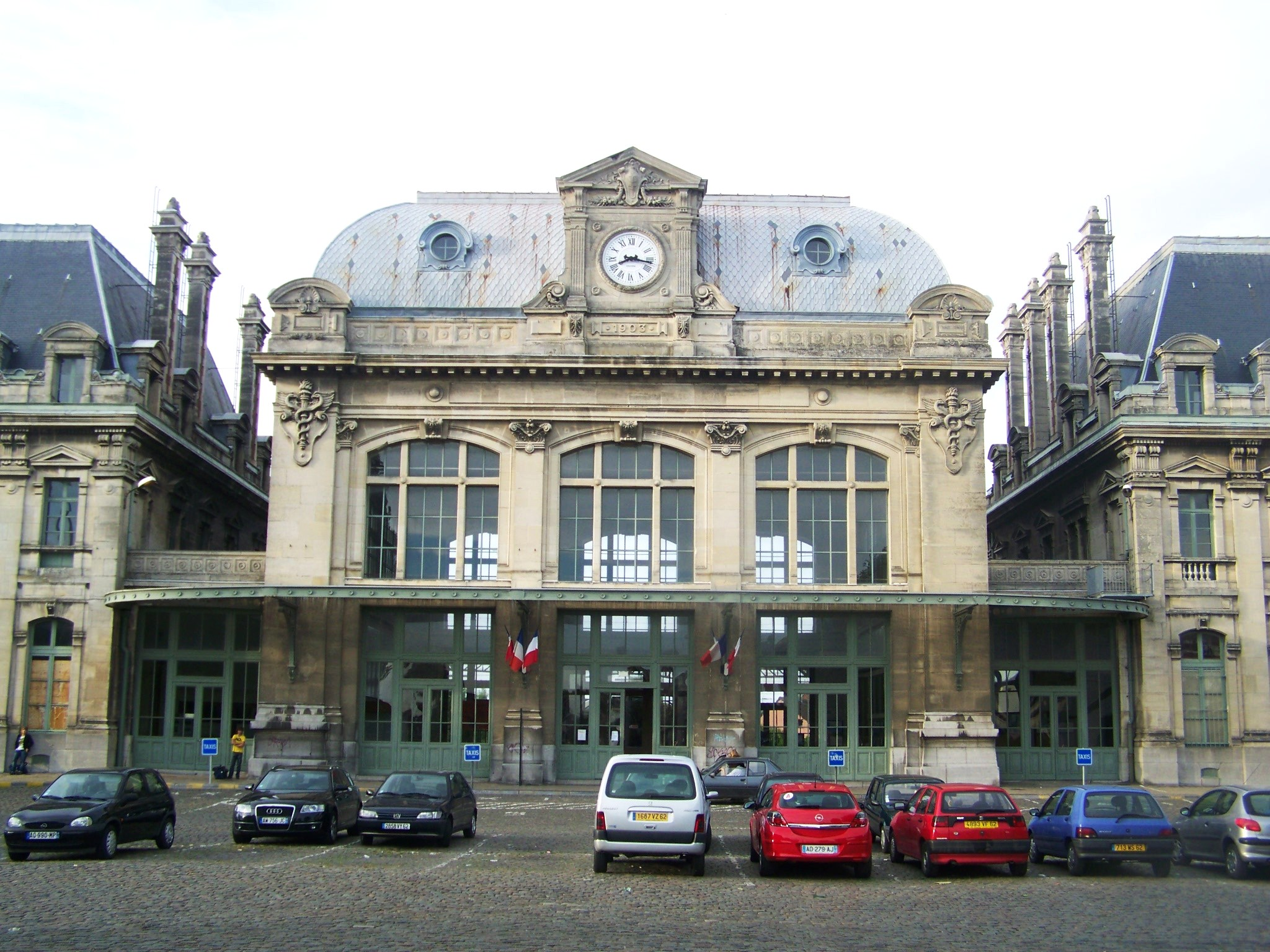 File gare de saint omer 62 jpg wikimedia commons for Piscine de saint omer