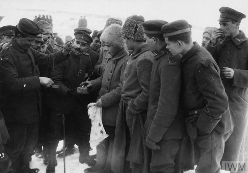 File:German soldiers and Soviet troops gathering together (February 1918).jpg