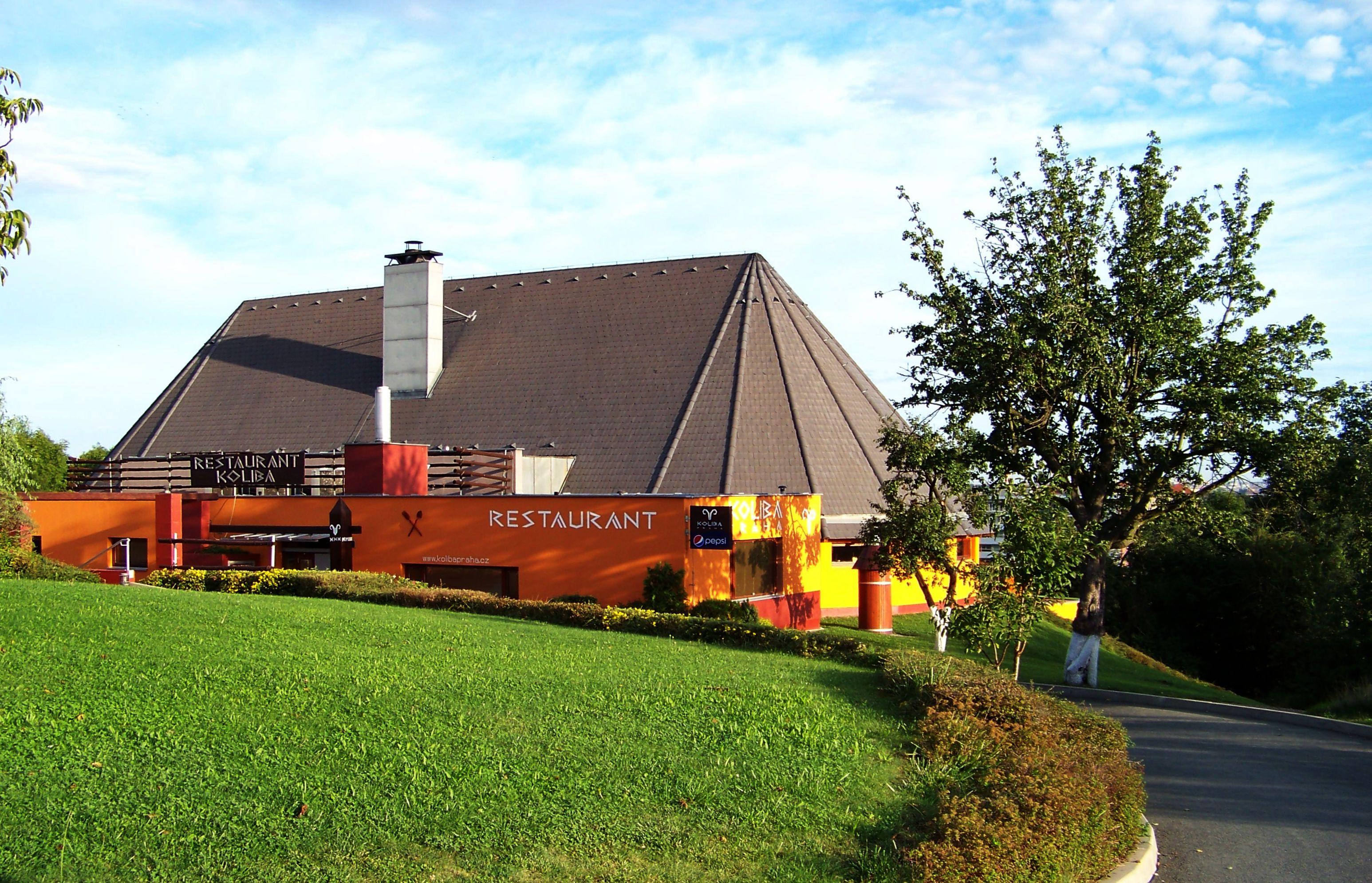 File:Horní Roztyly, restaurant Koliba (01) jpg - Wikimedia