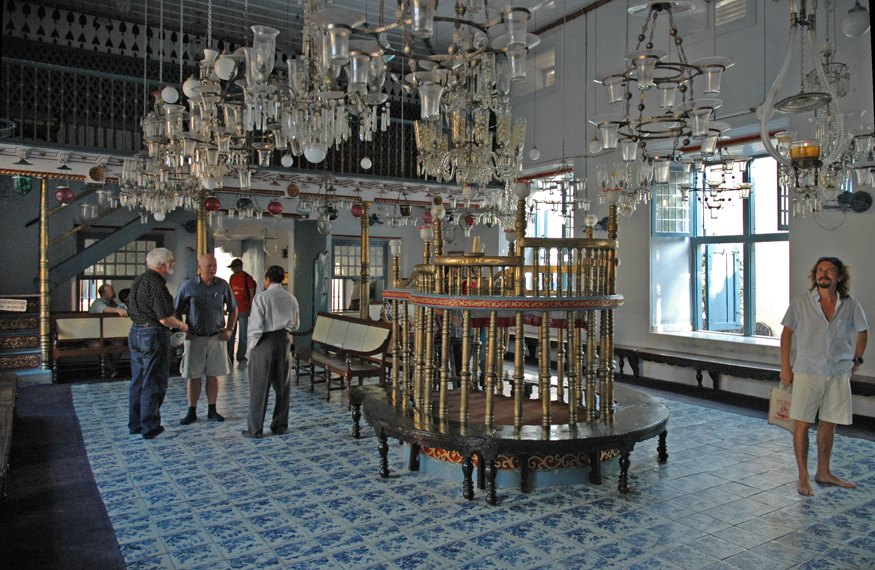 Image result for kochi- jewish synagogue