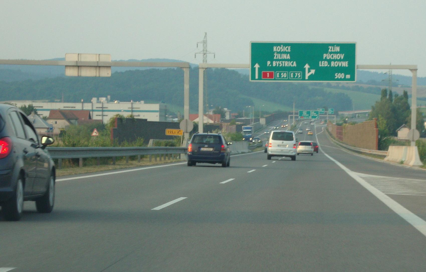 Diaľnica D1 (Slovensko) – Wikipédia 3acfc9248ee