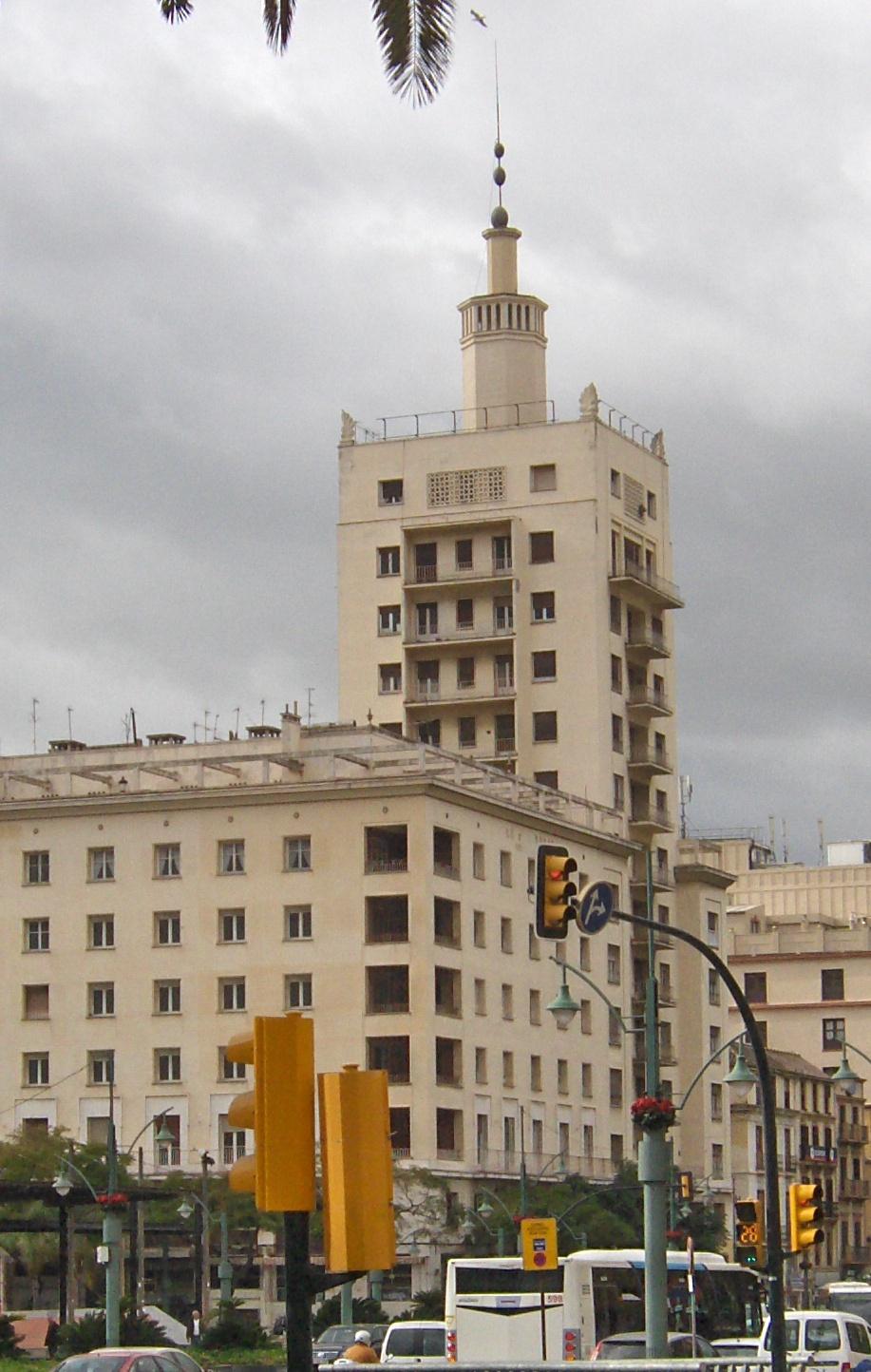 Edificio de la equitativa m laga wikipedia la - Arquitectos interioristas malaga ...