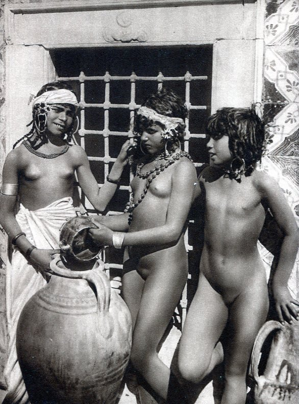 nackade-womens-photos