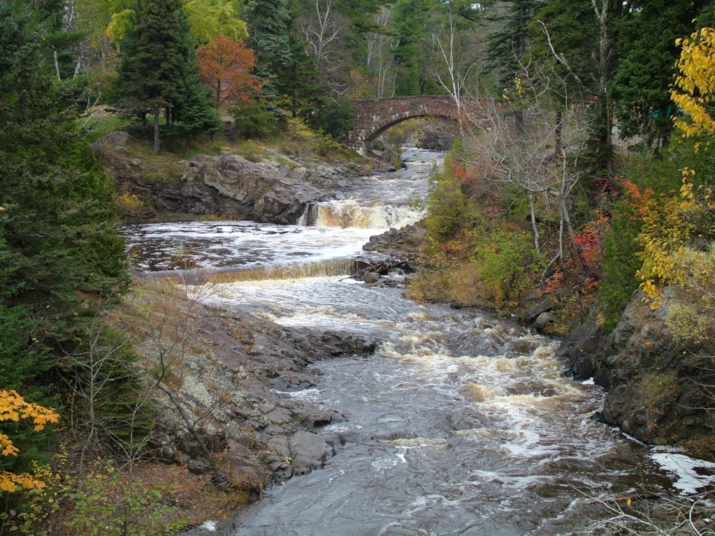 Lester river falls