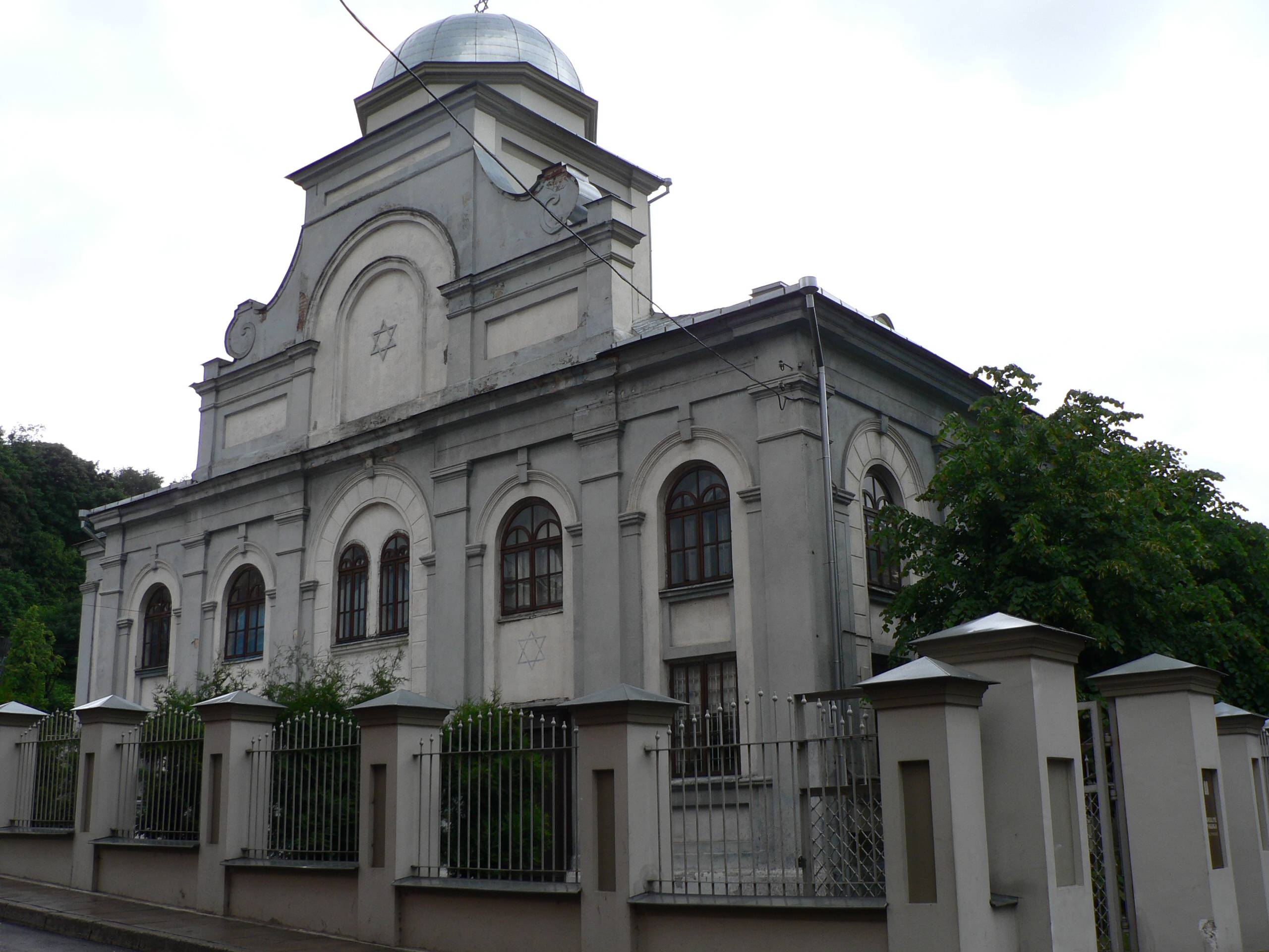 kaunas jewish personals A hundred yearslater the number had increased toover 25,000 there were a couple ofreasons for the growth of kaunas andthe influx of jewish residents.