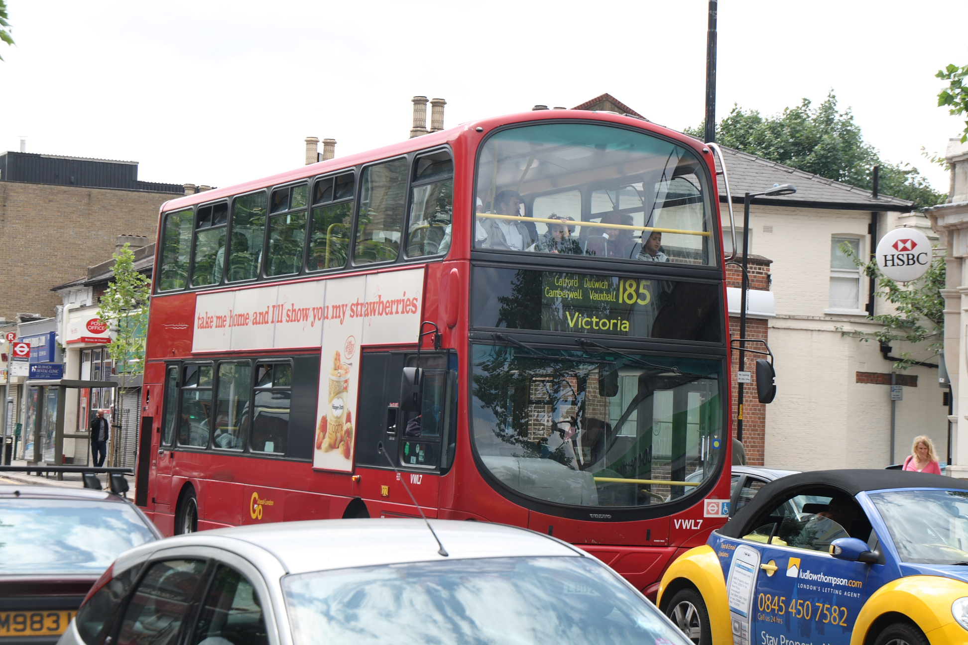 London Bus route 185.jpg