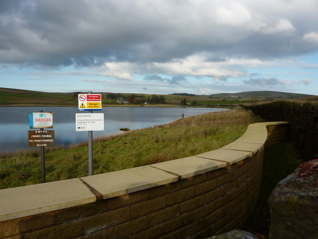 Lower Black Moss Reservoir - geograph.org.uk - 1582697