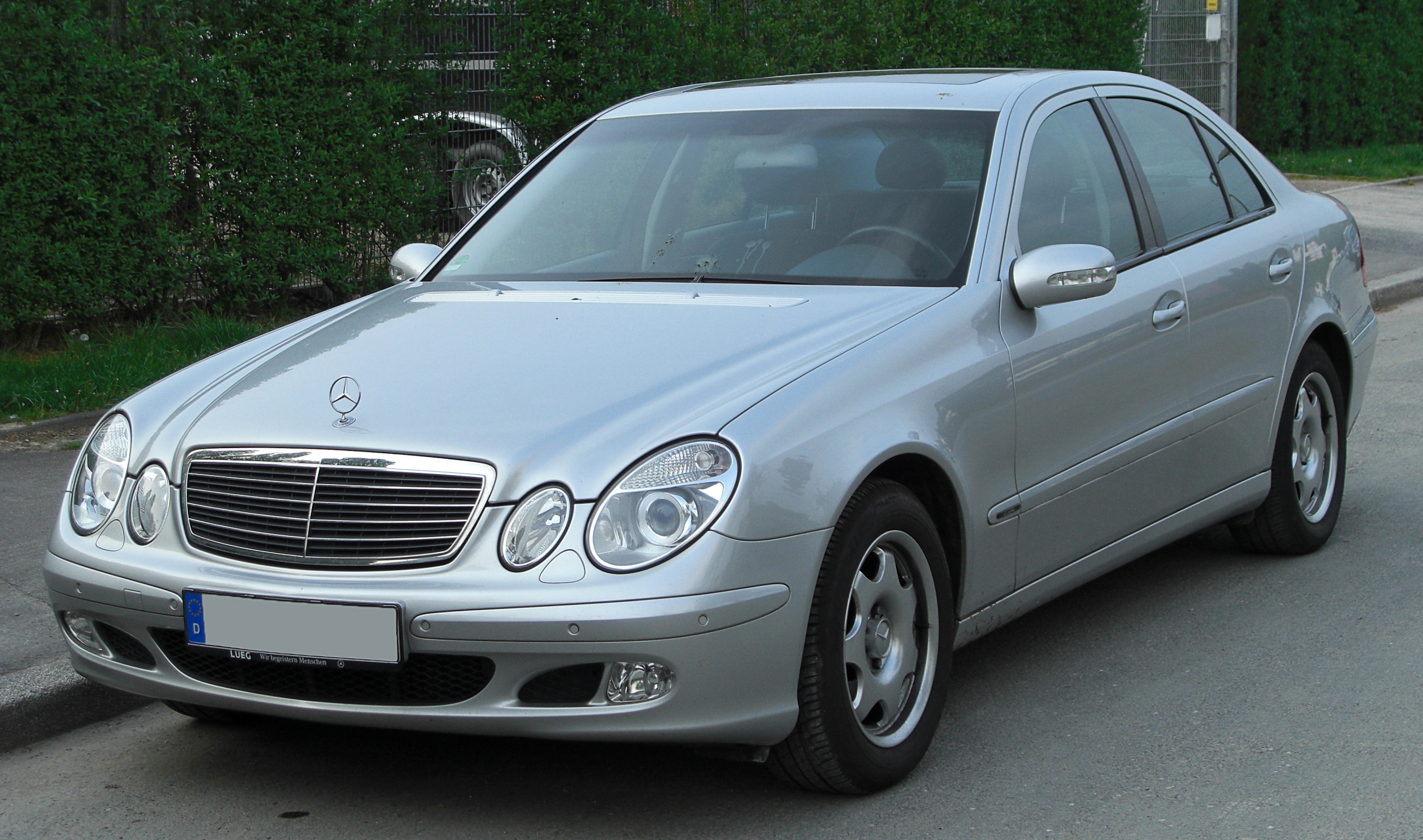 mercedes e 220 cdi classic w211 front. Black Bedroom Furniture Sets. Home Design Ideas