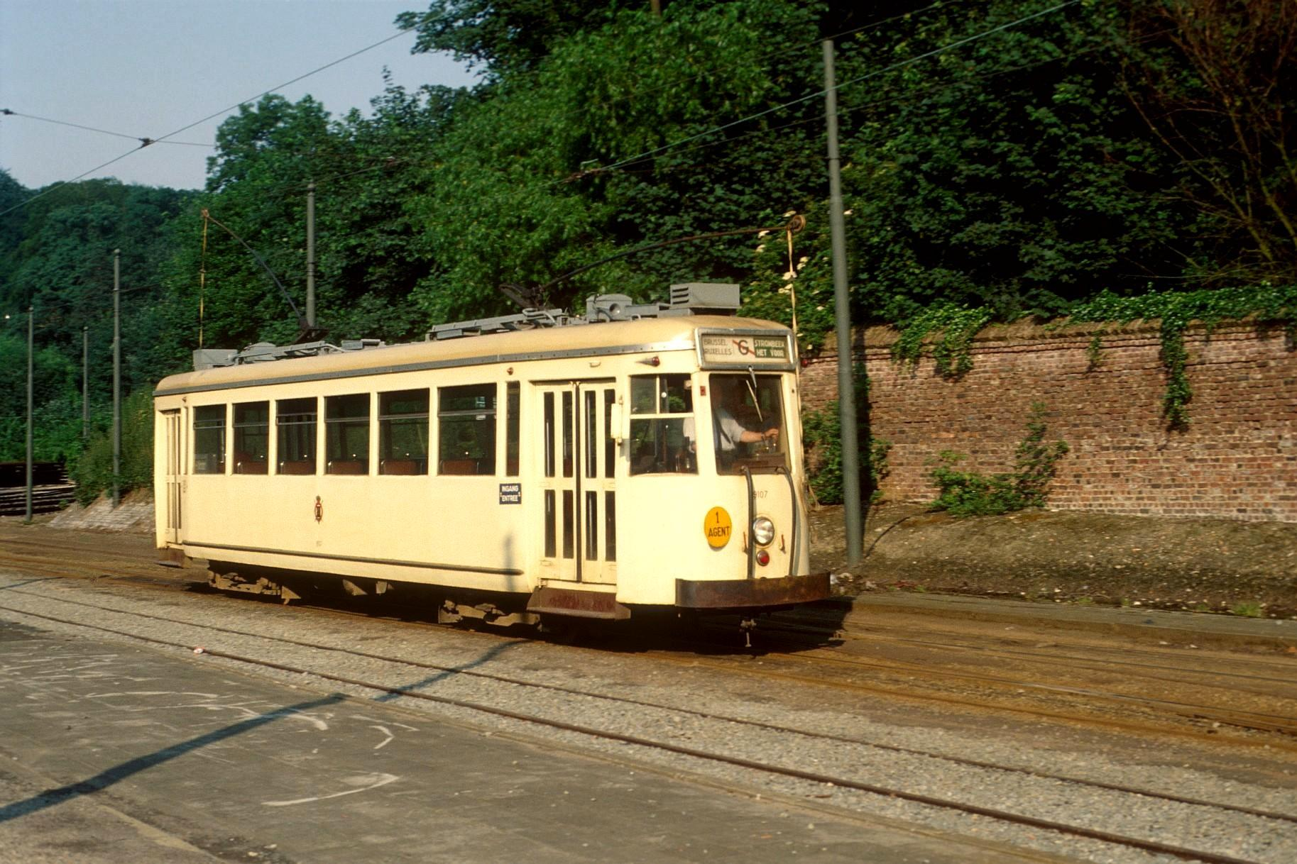 File motrice vicinale type s gare du heysel bruxelles for Garage du tram villeurbanne