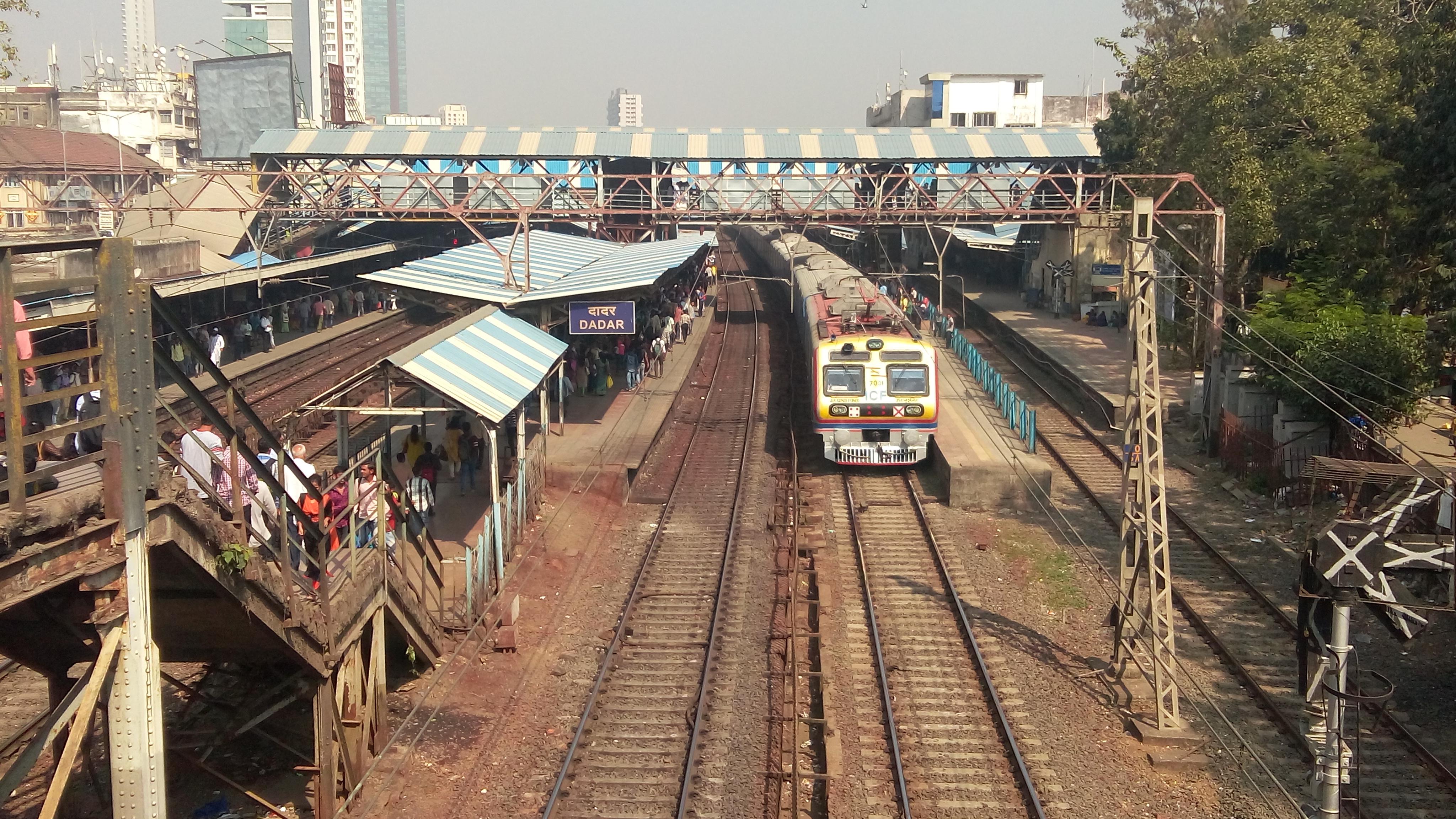 Air conditioned rakes in Mumbai