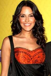 English: Neha Dhupia at the premiere of IFC's ...