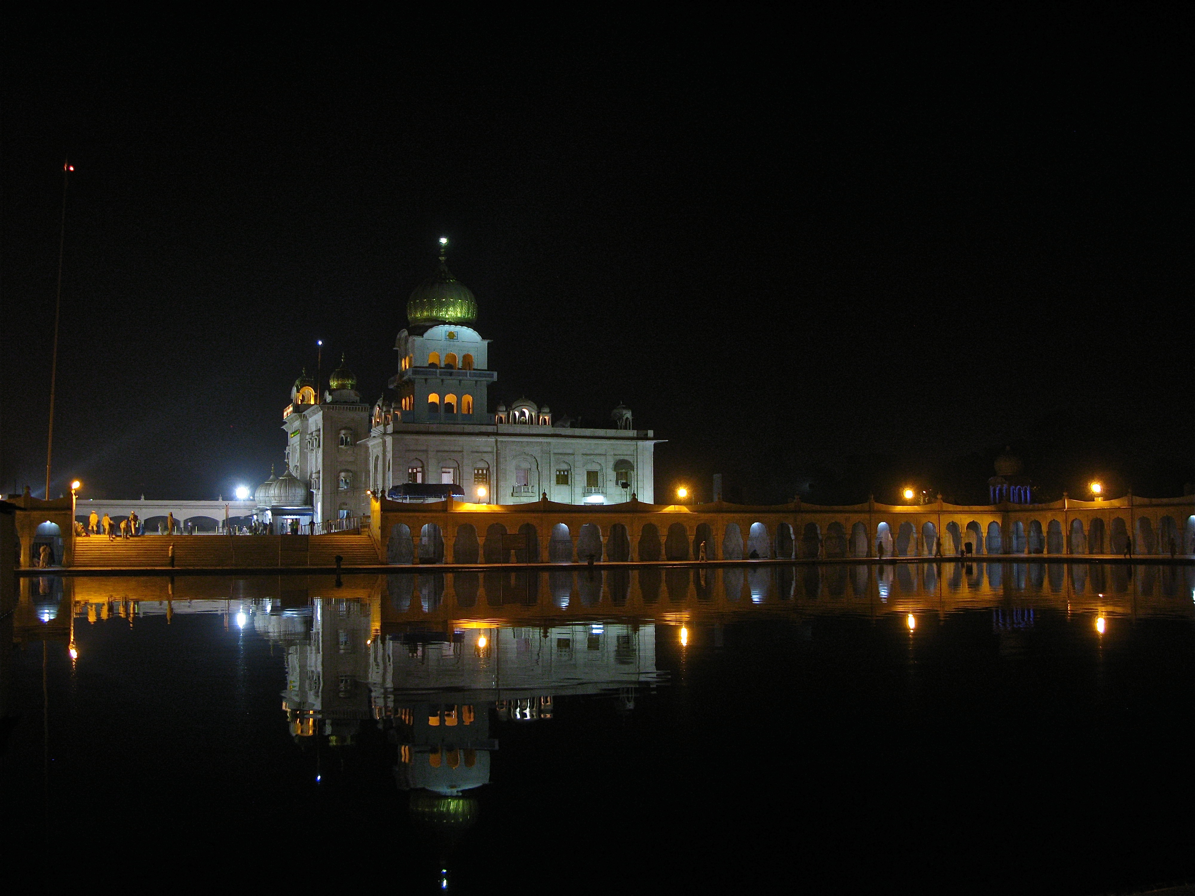 """Gurdwara Bangla Sahib"""
