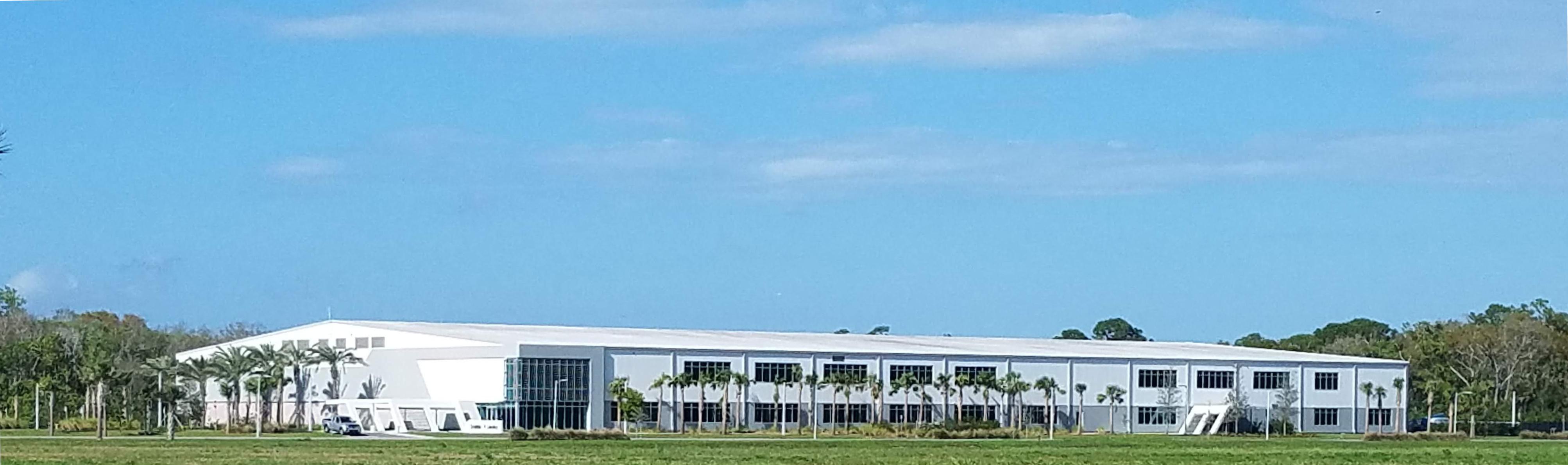 File:OneWeb satellite manufacturing facility, Merritt Island, Florida, 2019 02.jpg