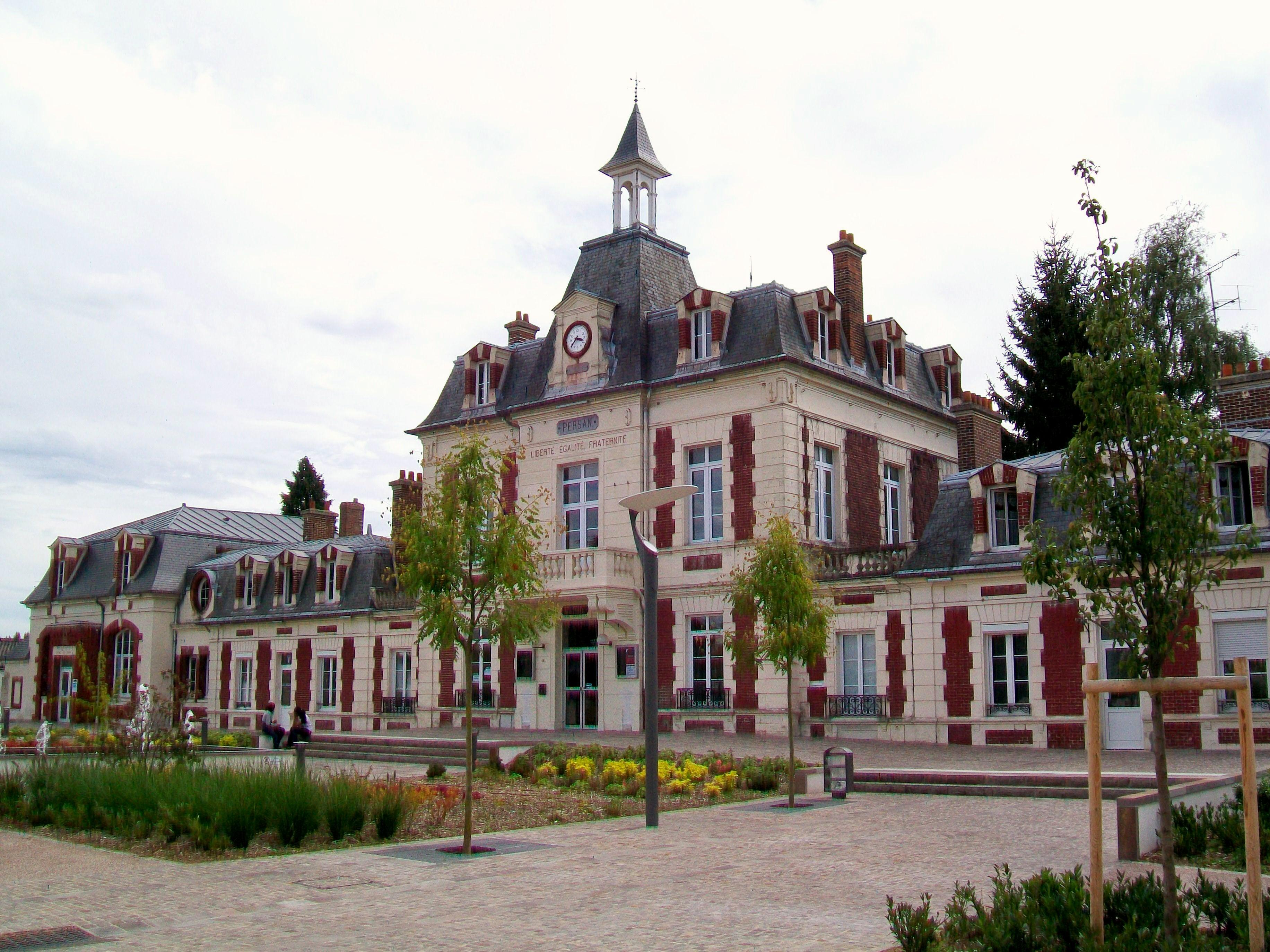 Photo Ville De Persan Gare