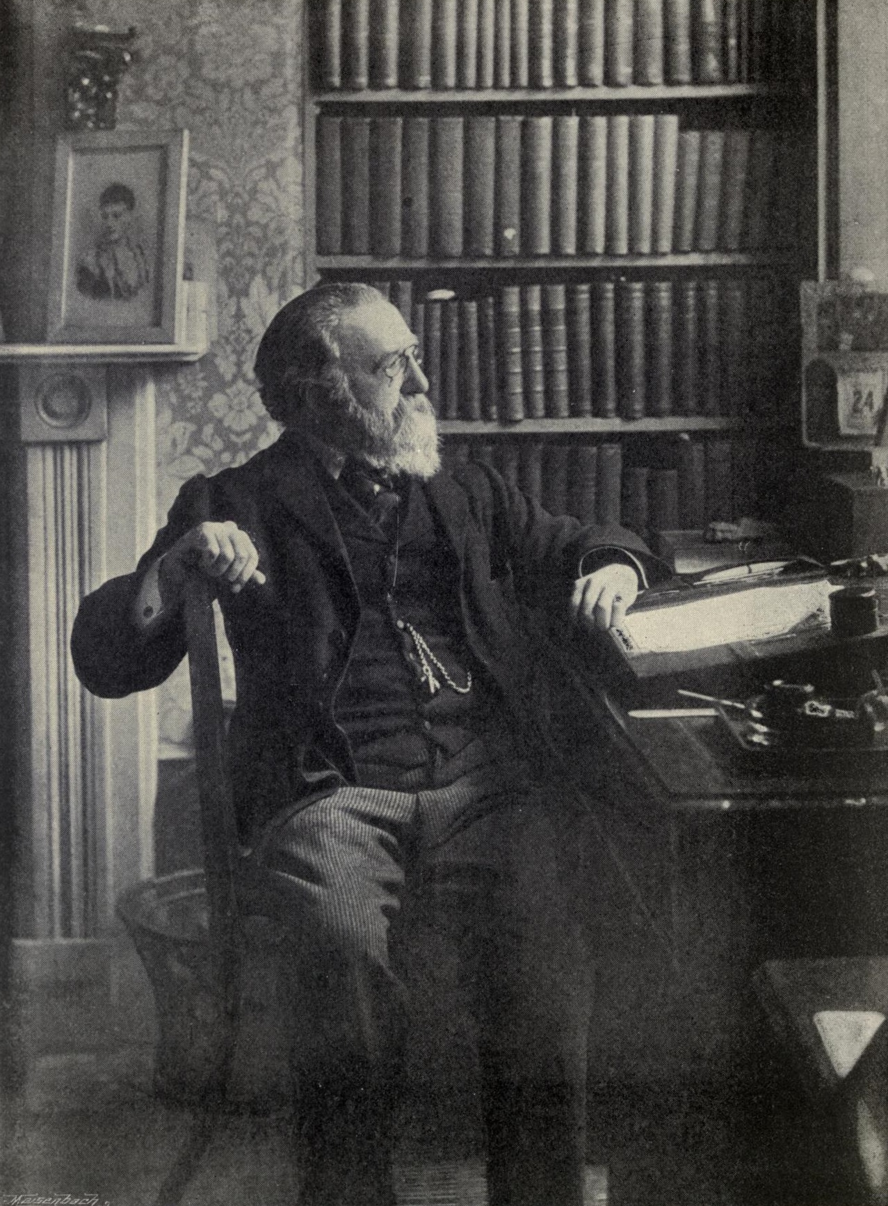 Justin McCarthy (1830-1912), Irish nationalist and Liberal historian, novelist and politician. His 'Camiola' had just been published [https://upload.wikimedia.org]