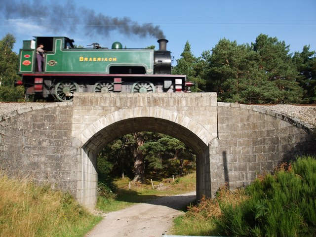Rail Bridge on the Strathspey Railway - geograph.org.uk - 1490244
