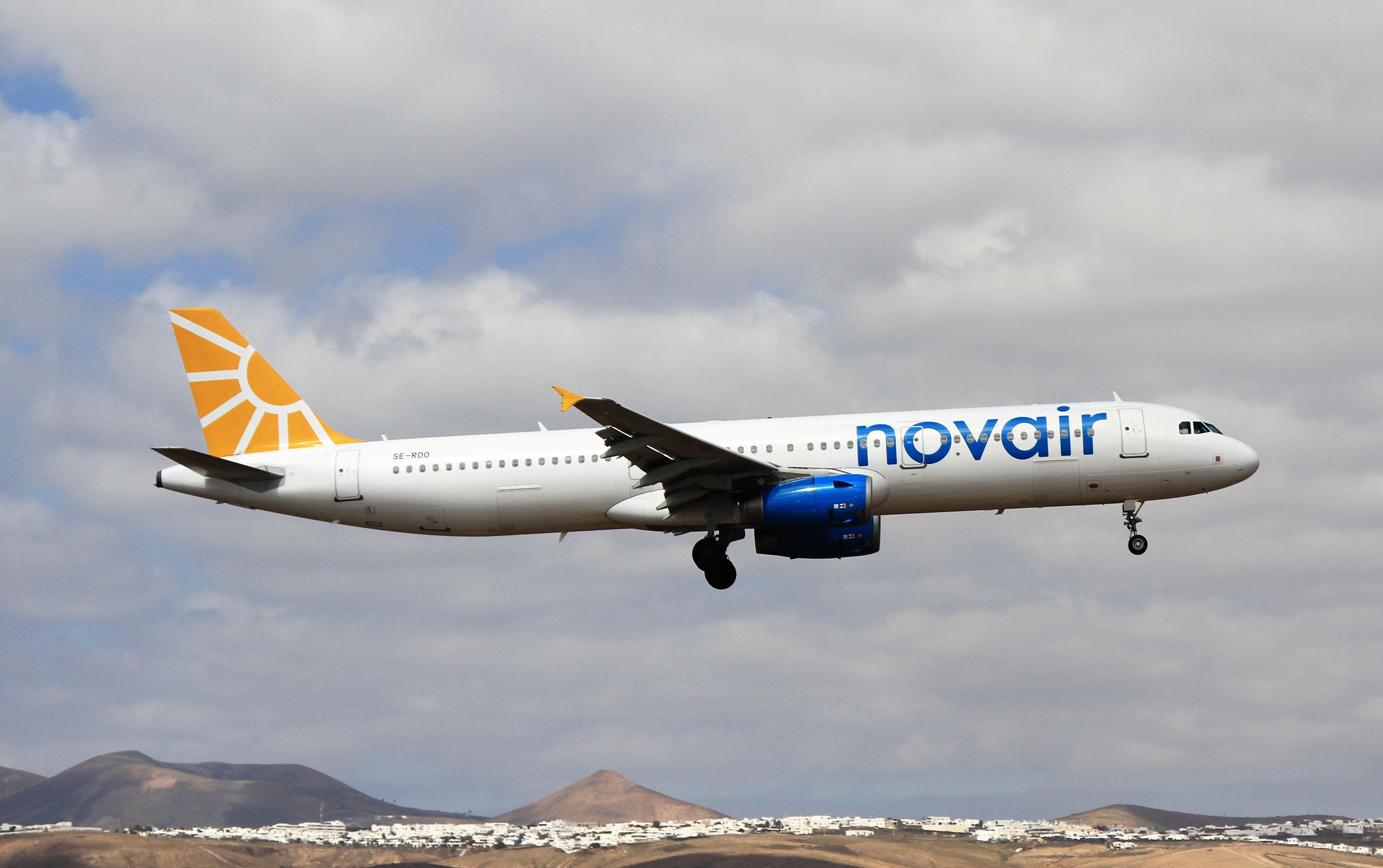 Bildresultat för novair a321