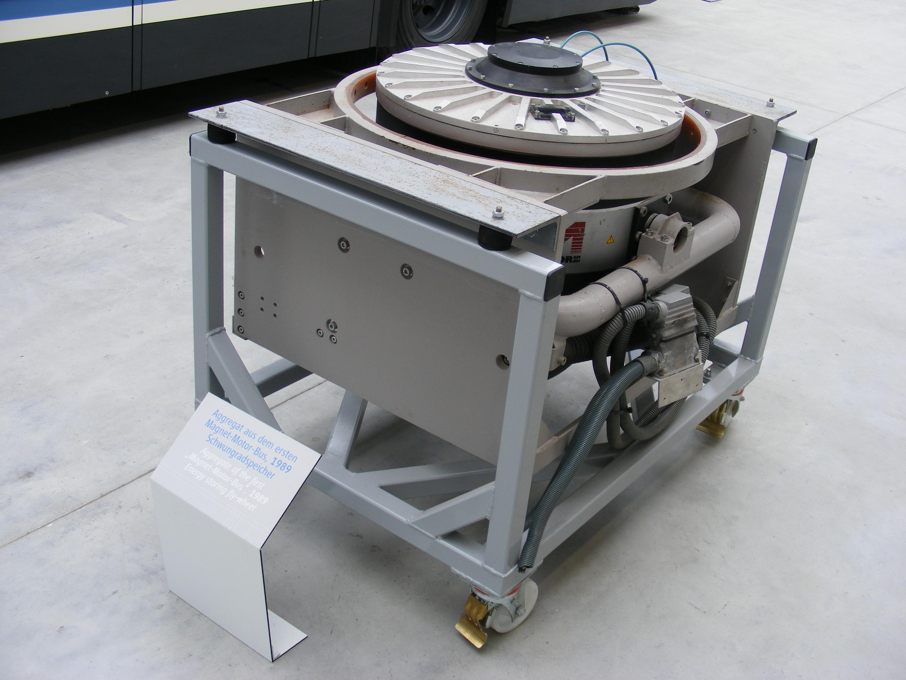 Description Schwungradspeicher (Magnet Motor), Bj. 1989 - Exponat im ...