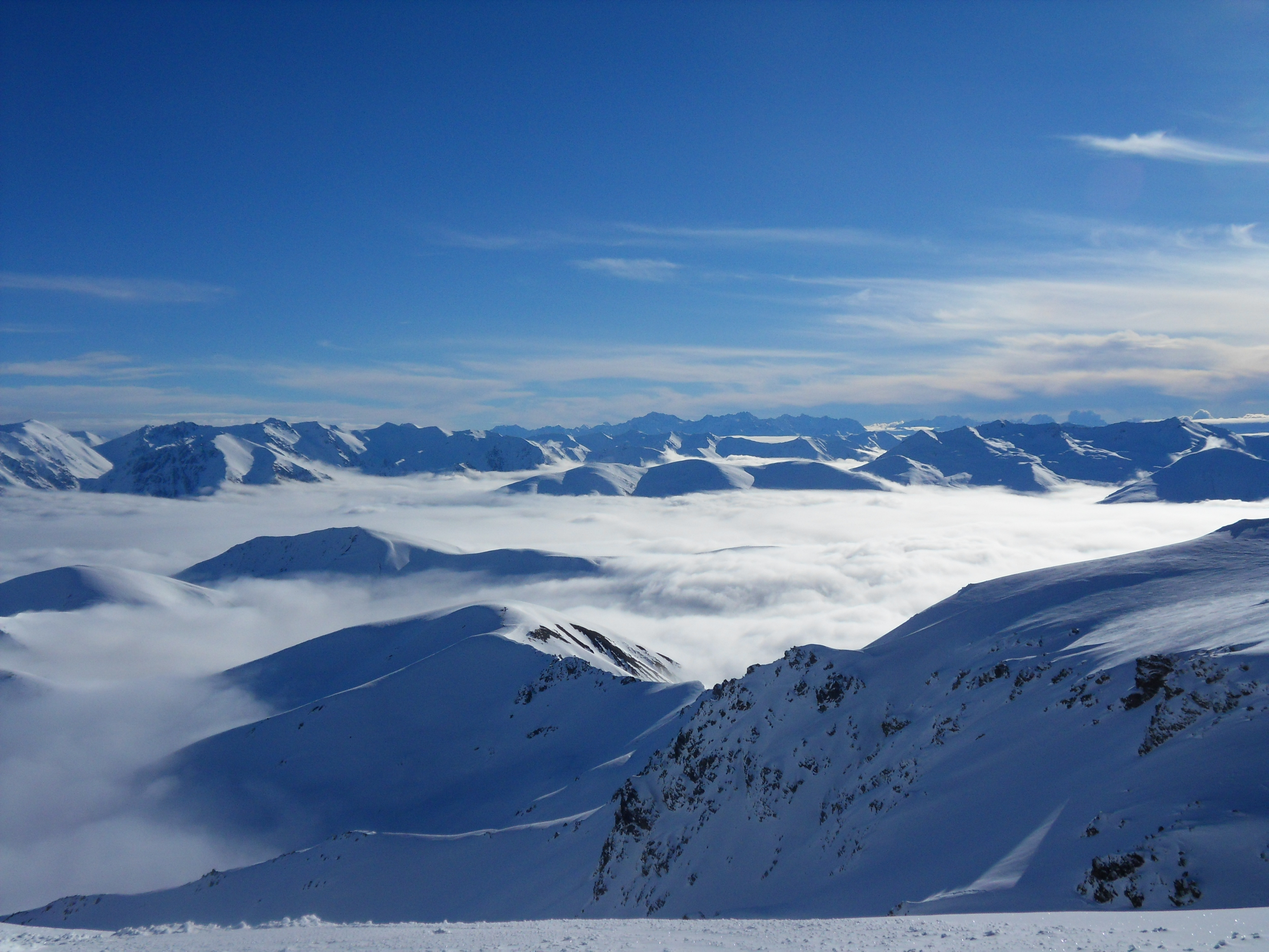 Southern_Alps_from_Mt_Hutt%2C_NZ2.jpg