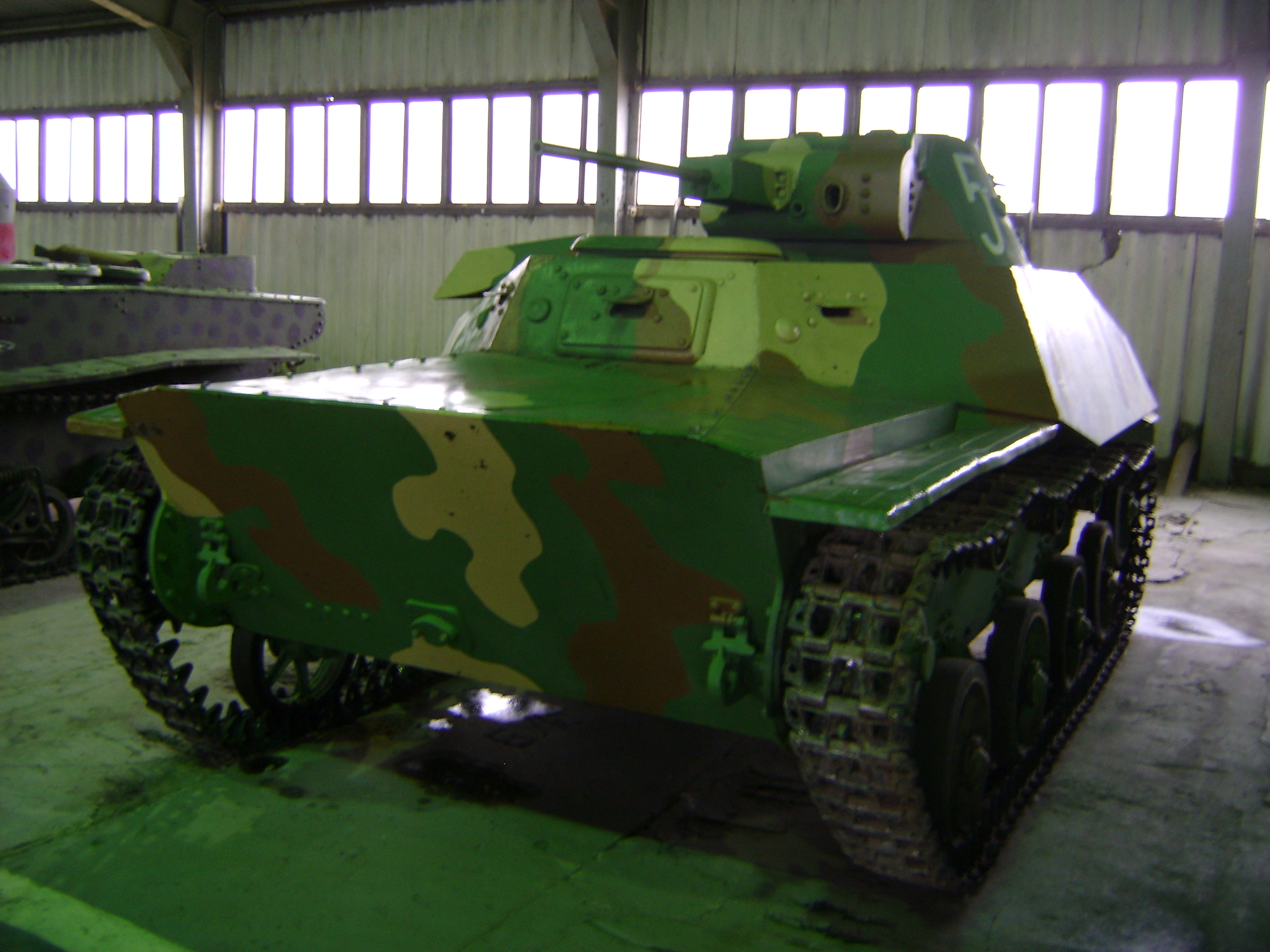 T-30_in_the_Kubinka_Tank_Museum.jpg