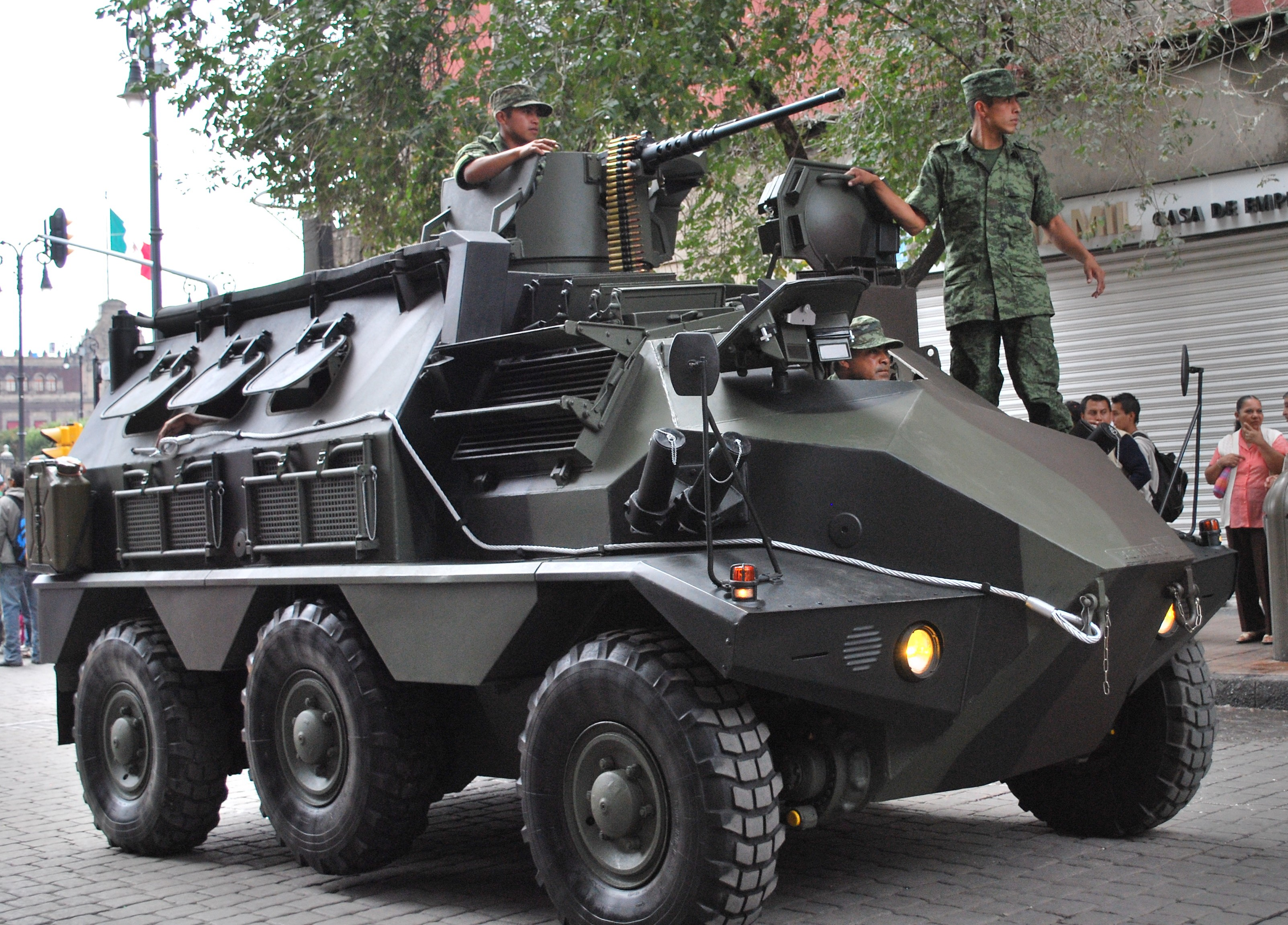 TankMadero2.JPG