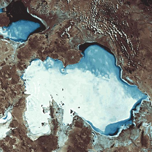 http://upload.wikimedia.org/wikipedia/commons/5/53/Uyuni_landsat.JPG