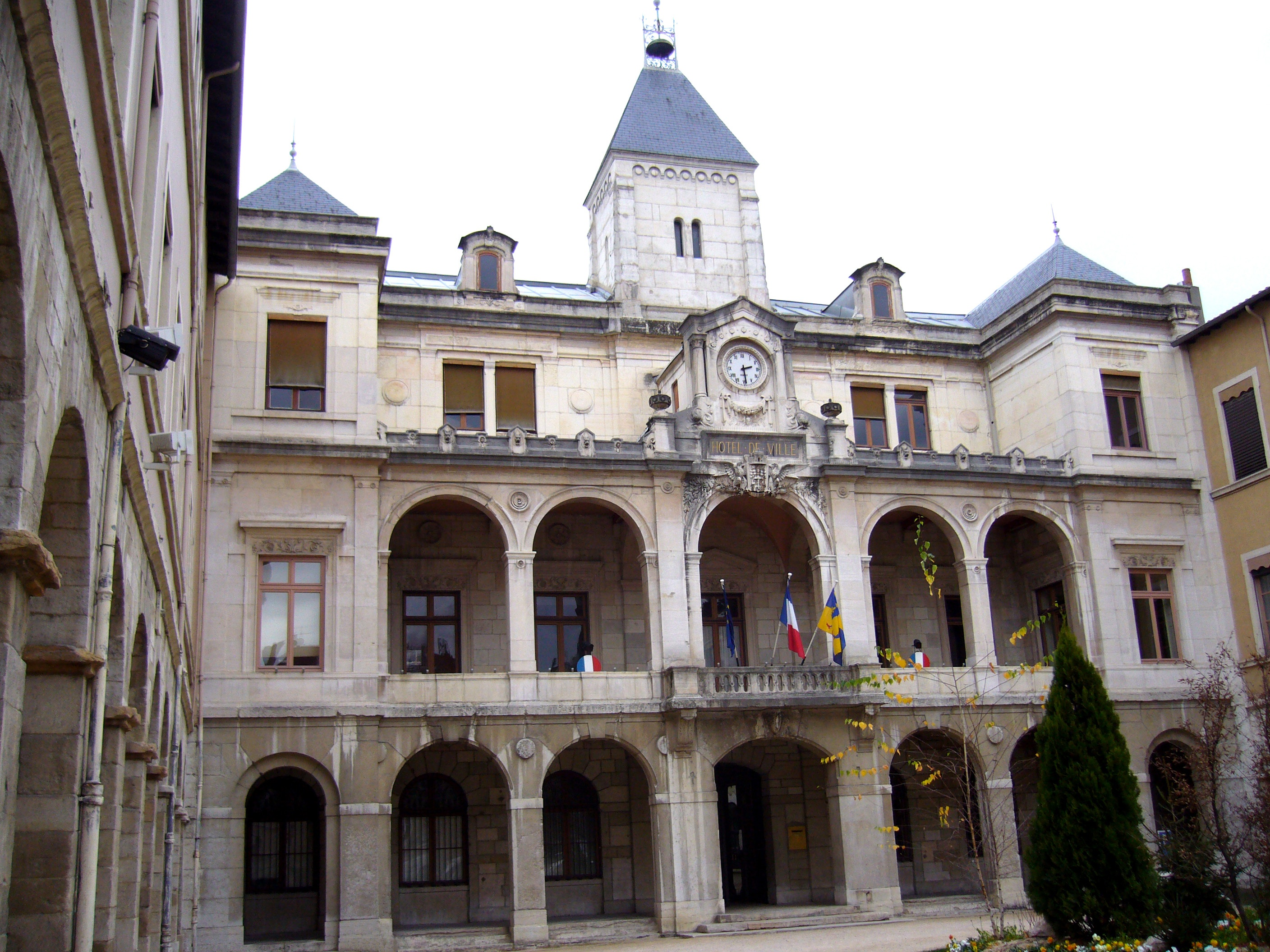File vienne wikimedia commons for Appart hotel vienne france