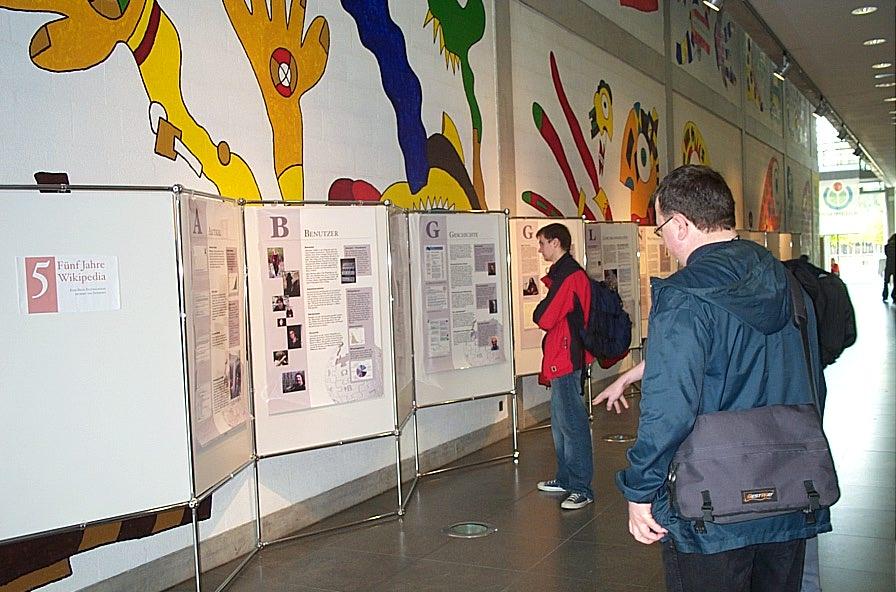 Wikipedia-Ausstellung 09.jpeg