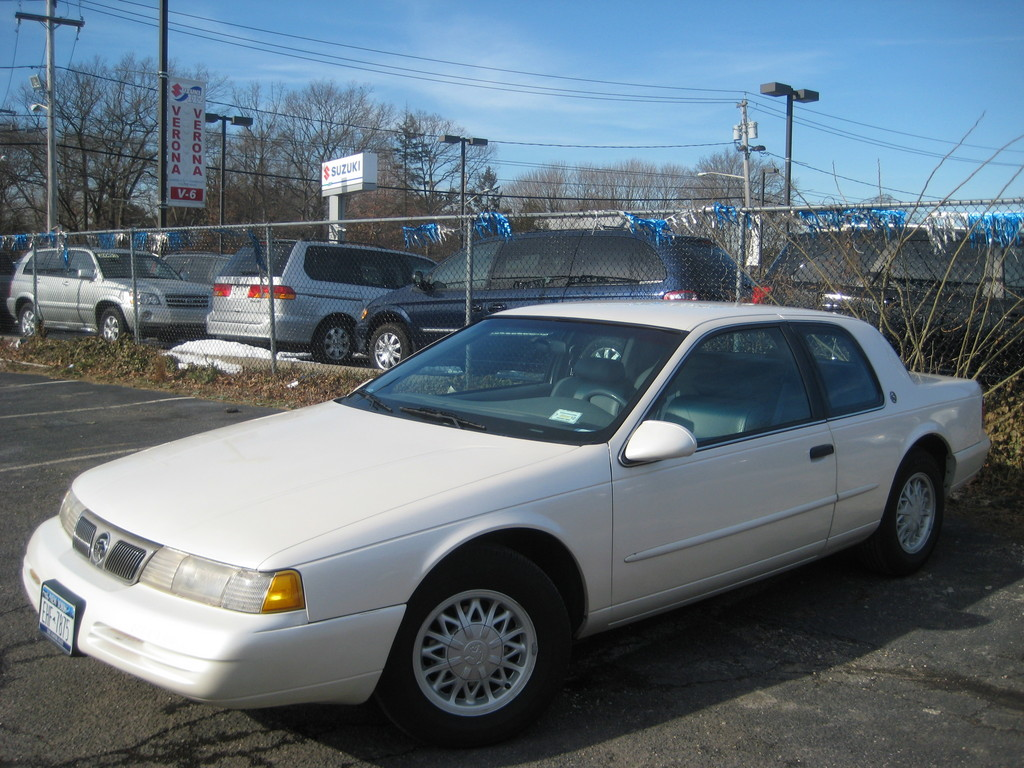 1995 mercury cougar white