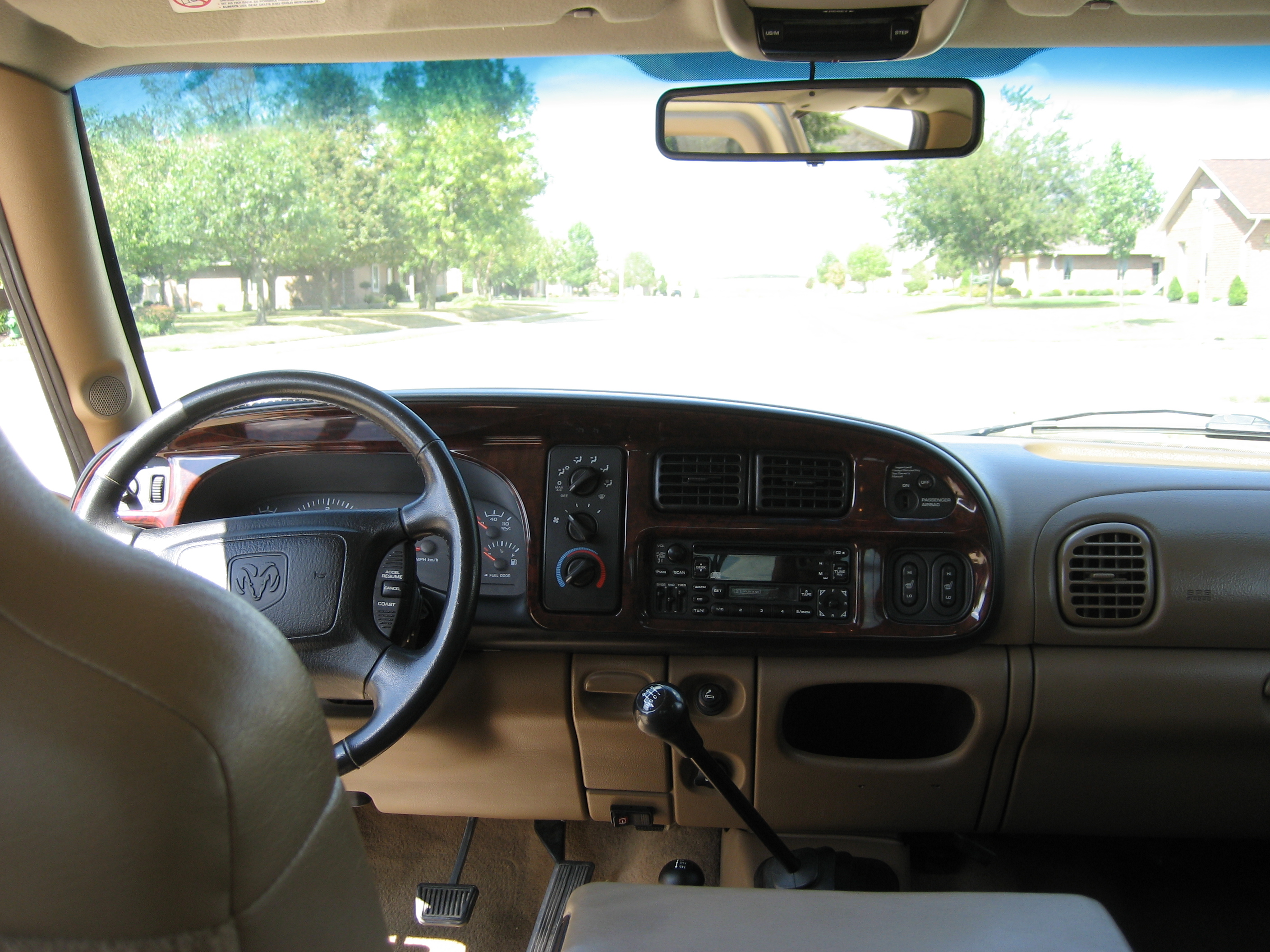 File 2002 Dodge Ram 2500 Slt Plus Package Interior Jpg Wikimedia Commons