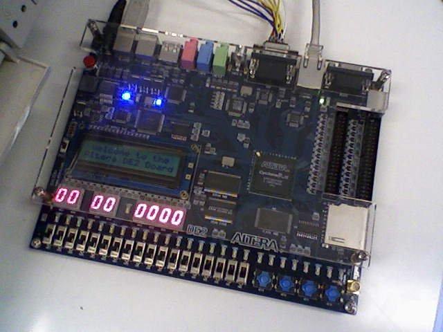 File:ALTERA DE2 FPGA Board jpg - Wikipedia