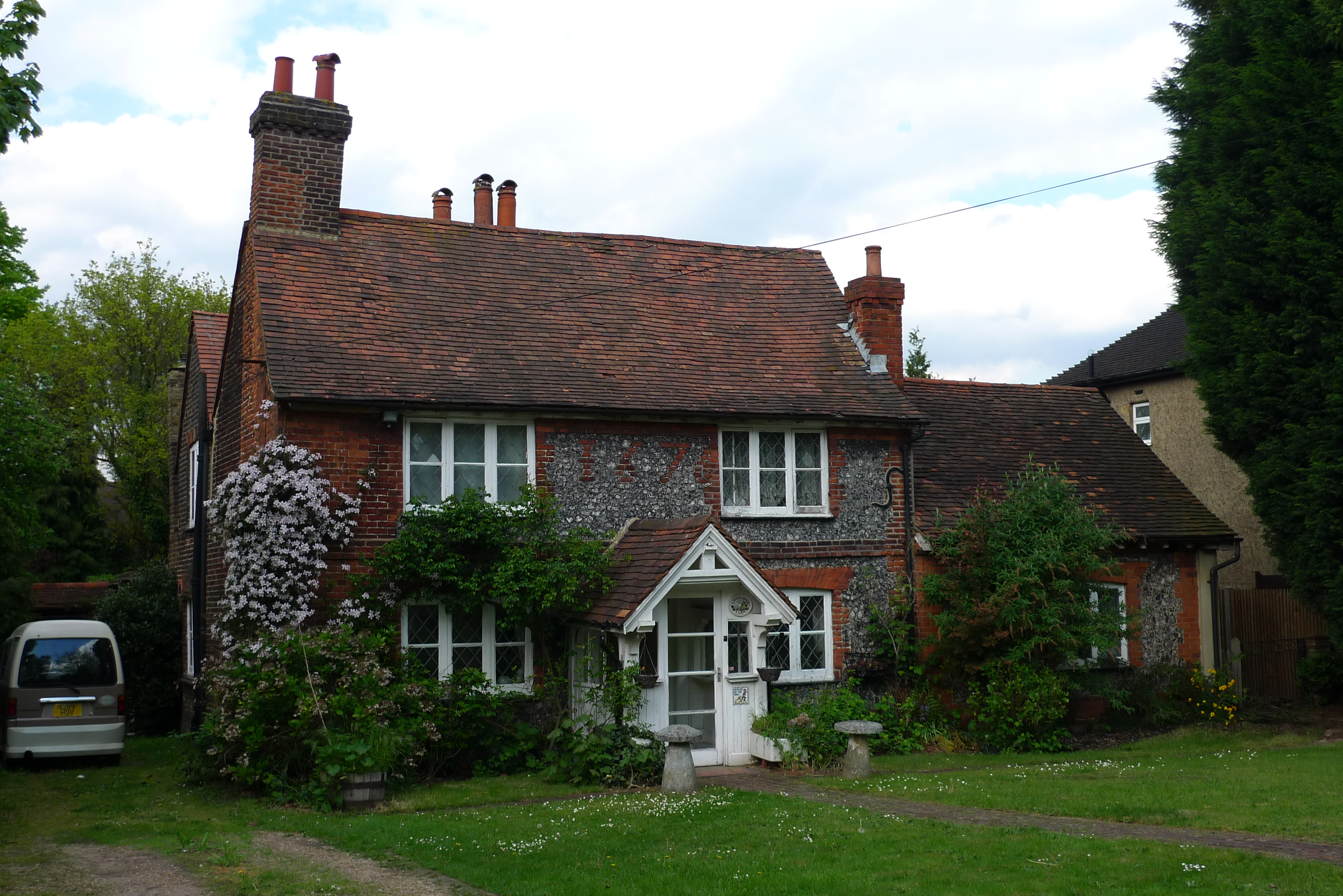 File Addiscombe Farm Cottage Croydon South