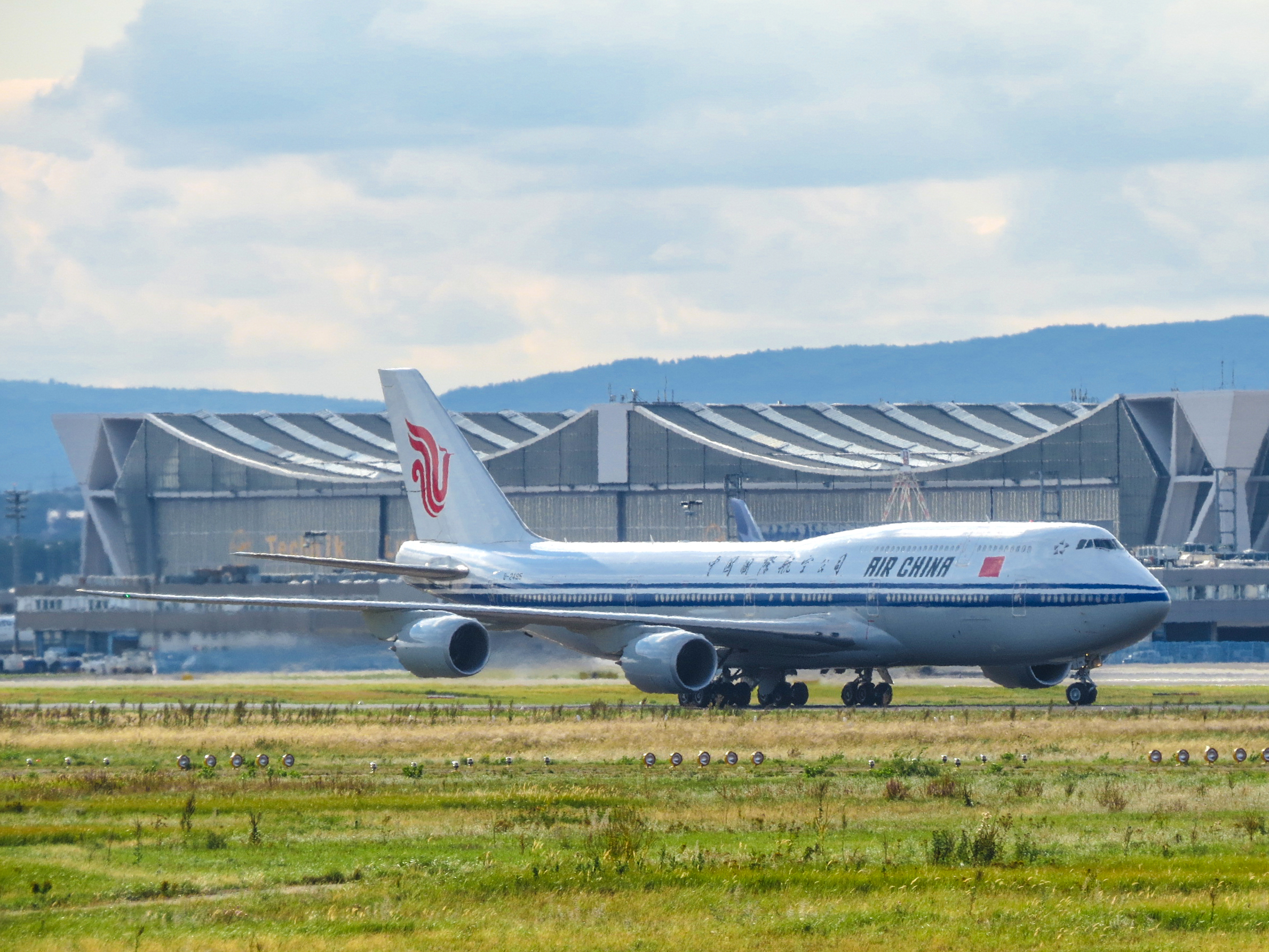 File:Air China, B-2485, Boeing 747-8 - FRA (