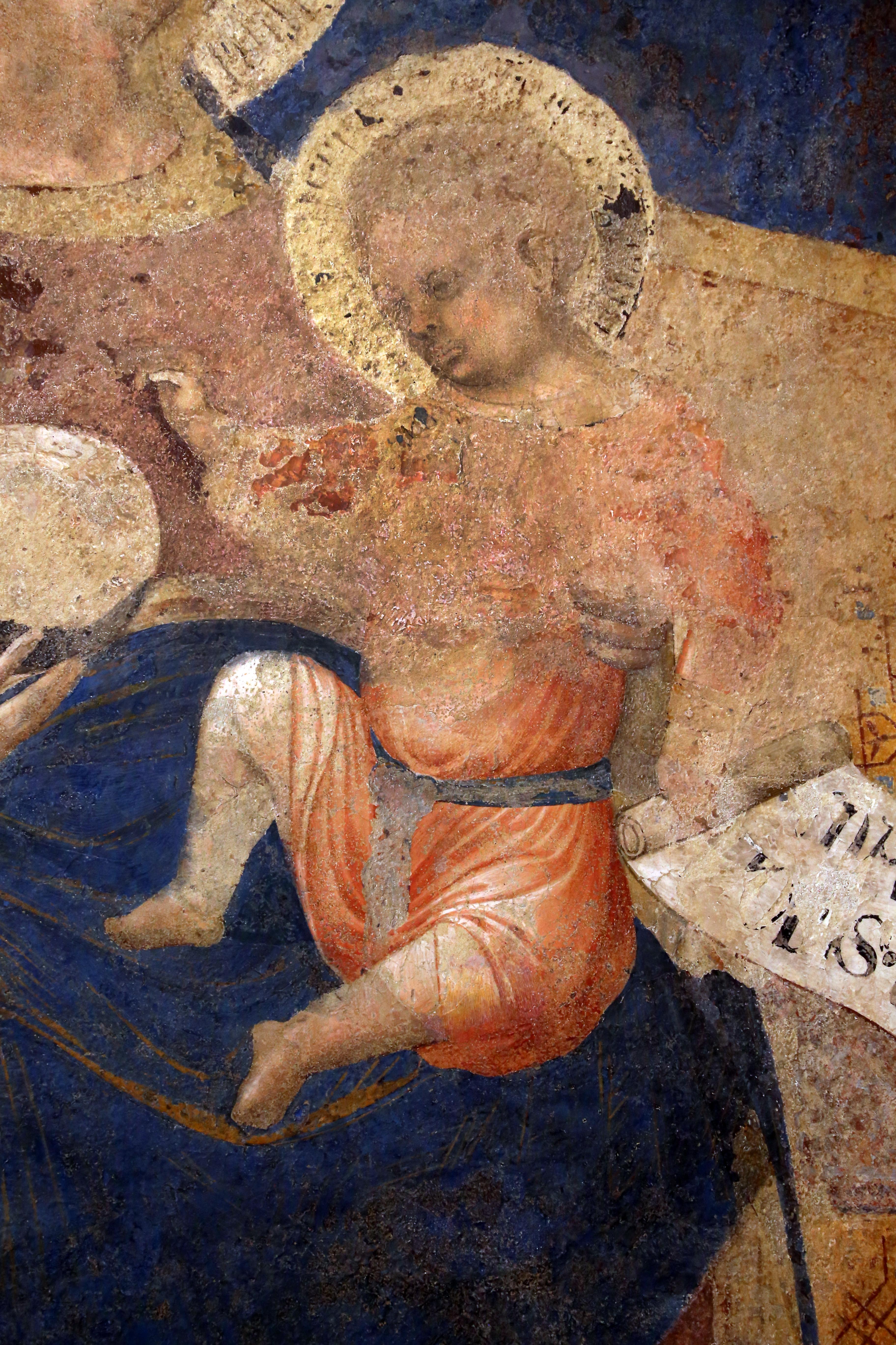 Ambrogio lorenzetti, madonna col bambino, 1340 (si, palazzo pubblico) 02.jpg
