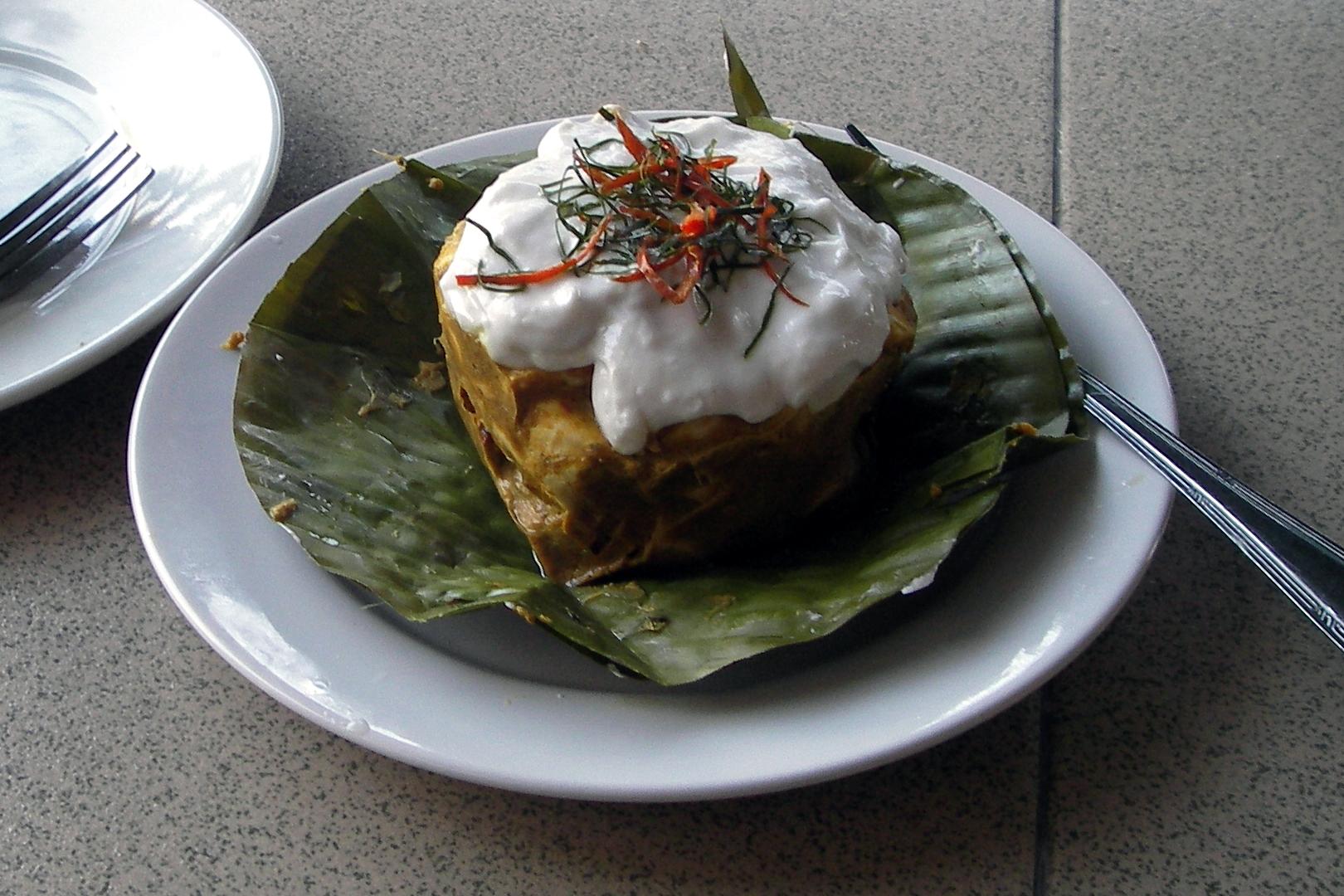 Cambodian cuisine vanndeth53010410161 for Angkor borei cambodian cuisine
