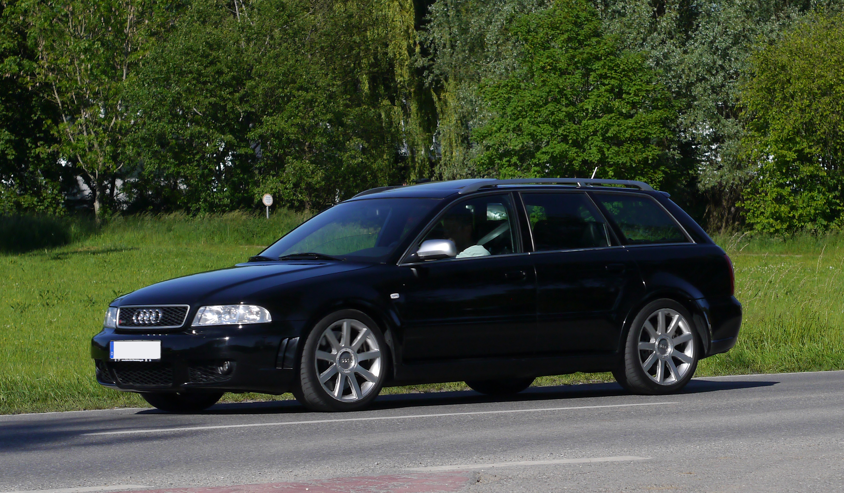 File Audi Rs4 B5 Black Jpg Wikimedia Commons