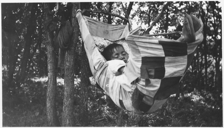 Should Baby Sleep in Swing All Night