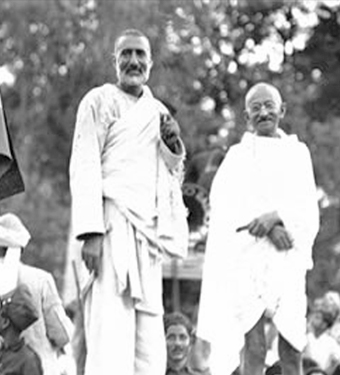 Khan Abdul Ghaffar Khan of the Khudai Khidmatgars and Mohandas Gandhi of the Indian National Congress both strongly opposed the partition of India.