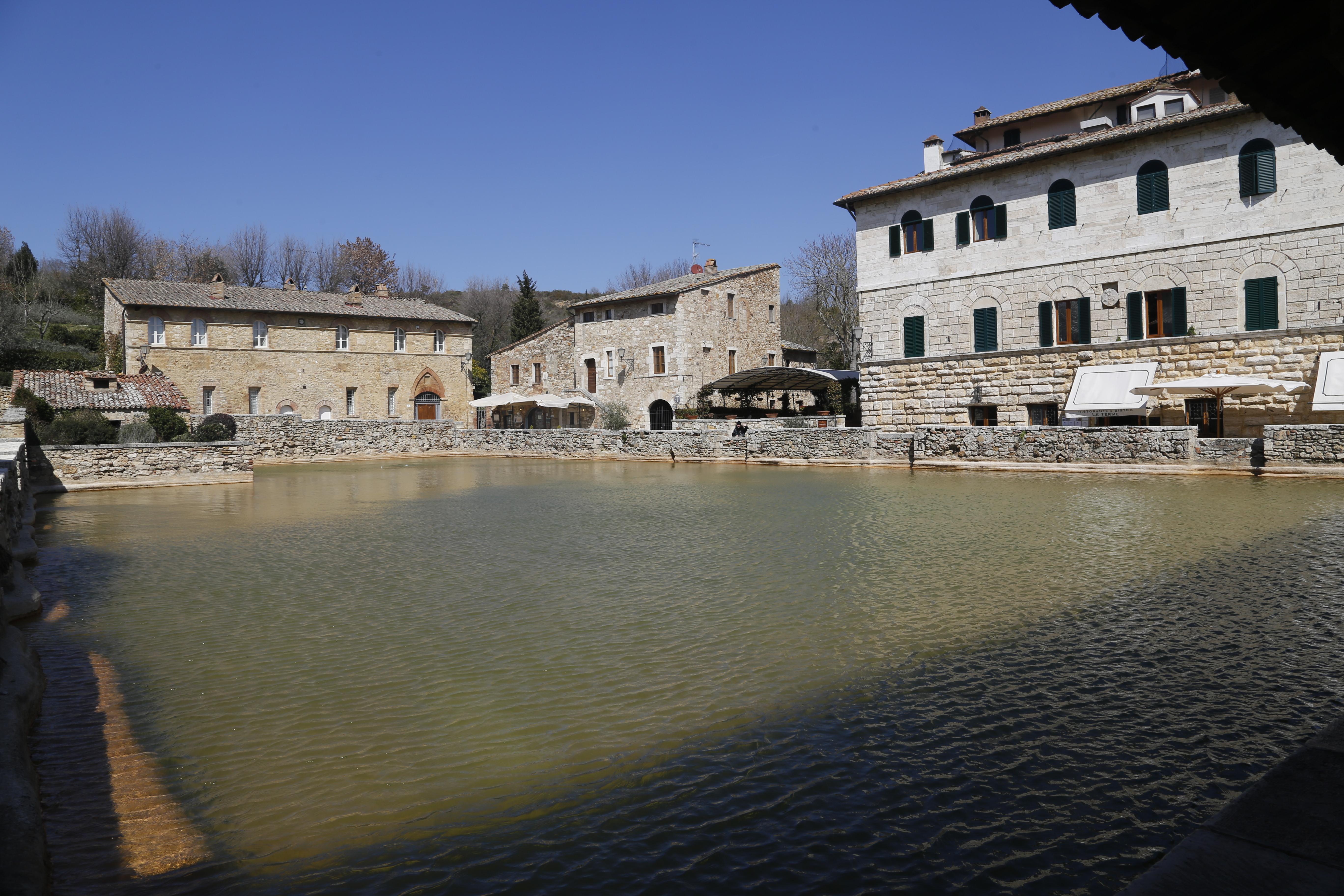 Ristorante bagno vignoni bagno vignoni e la rocca di vignoni ristoranti bagno vignoni panorama - Osteria del leone bagno vignoni ...