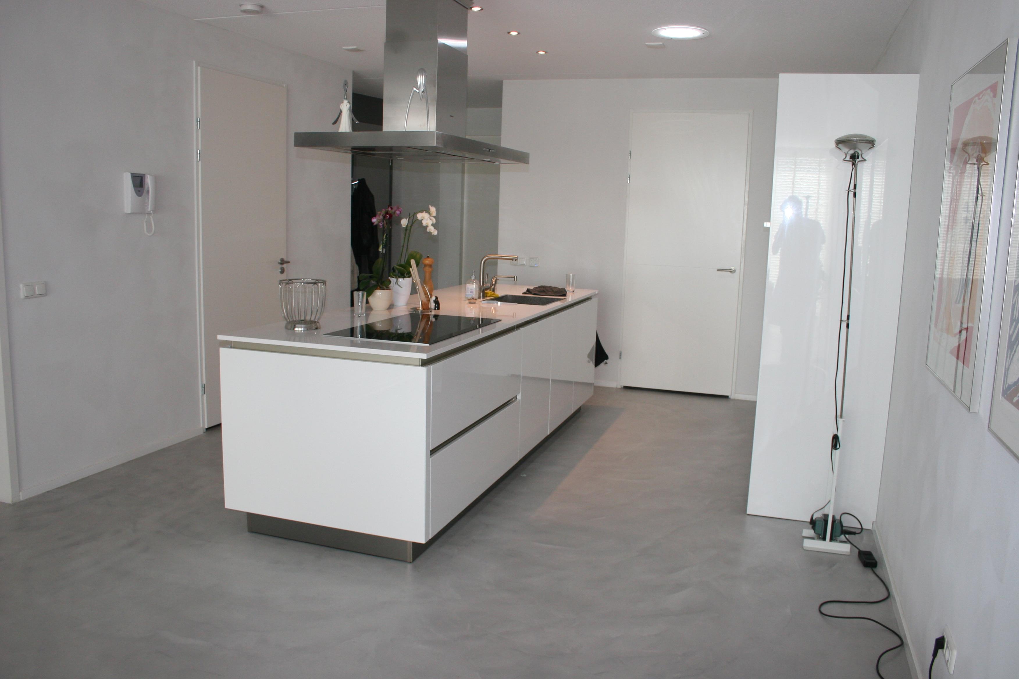 Woonkamer Met Beton : Bestand beton ciré floor g wikipedia