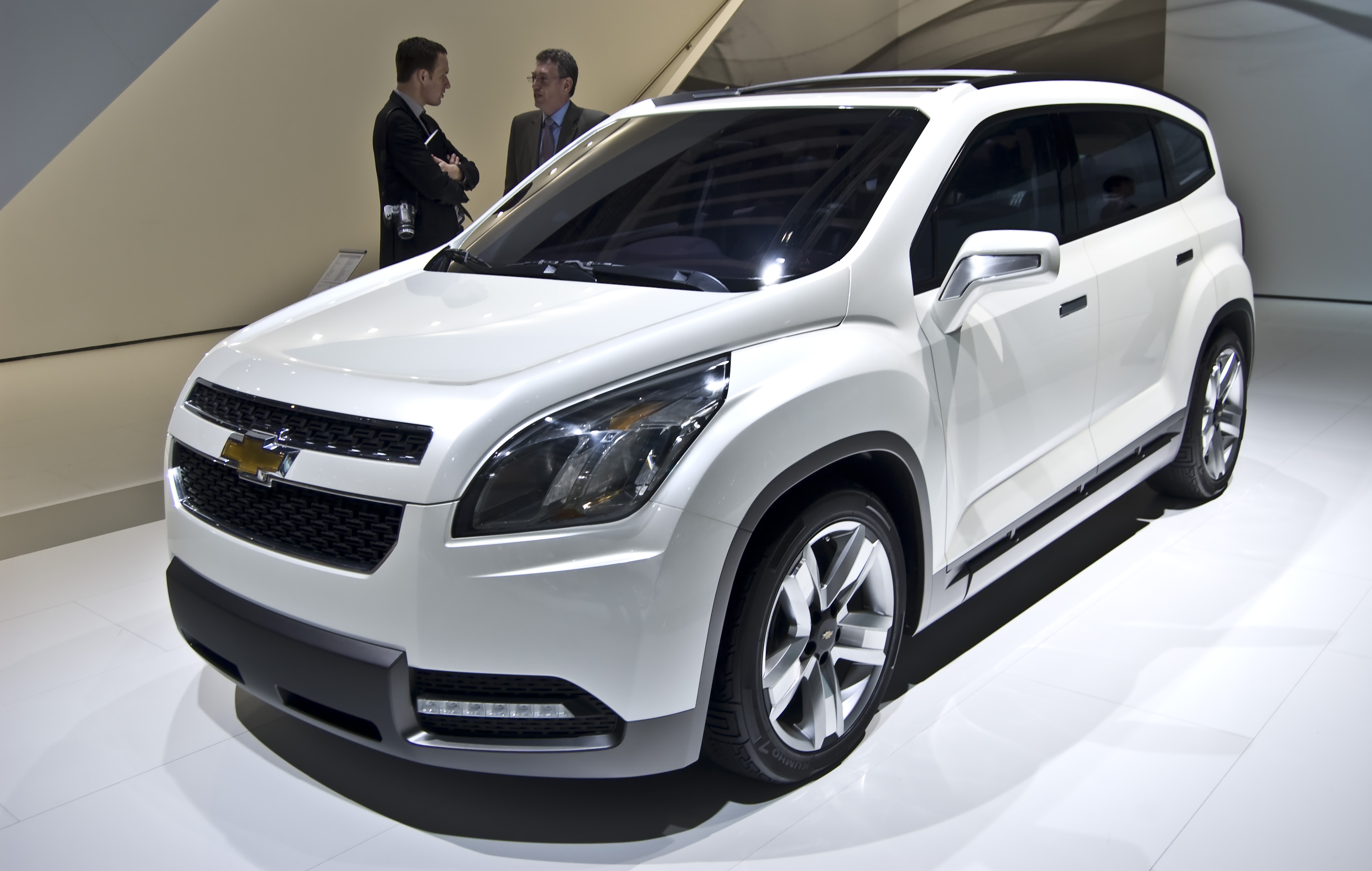 file chevrolet orlando concept wikimedia commons. Black Bedroom Furniture Sets. Home Design Ideas