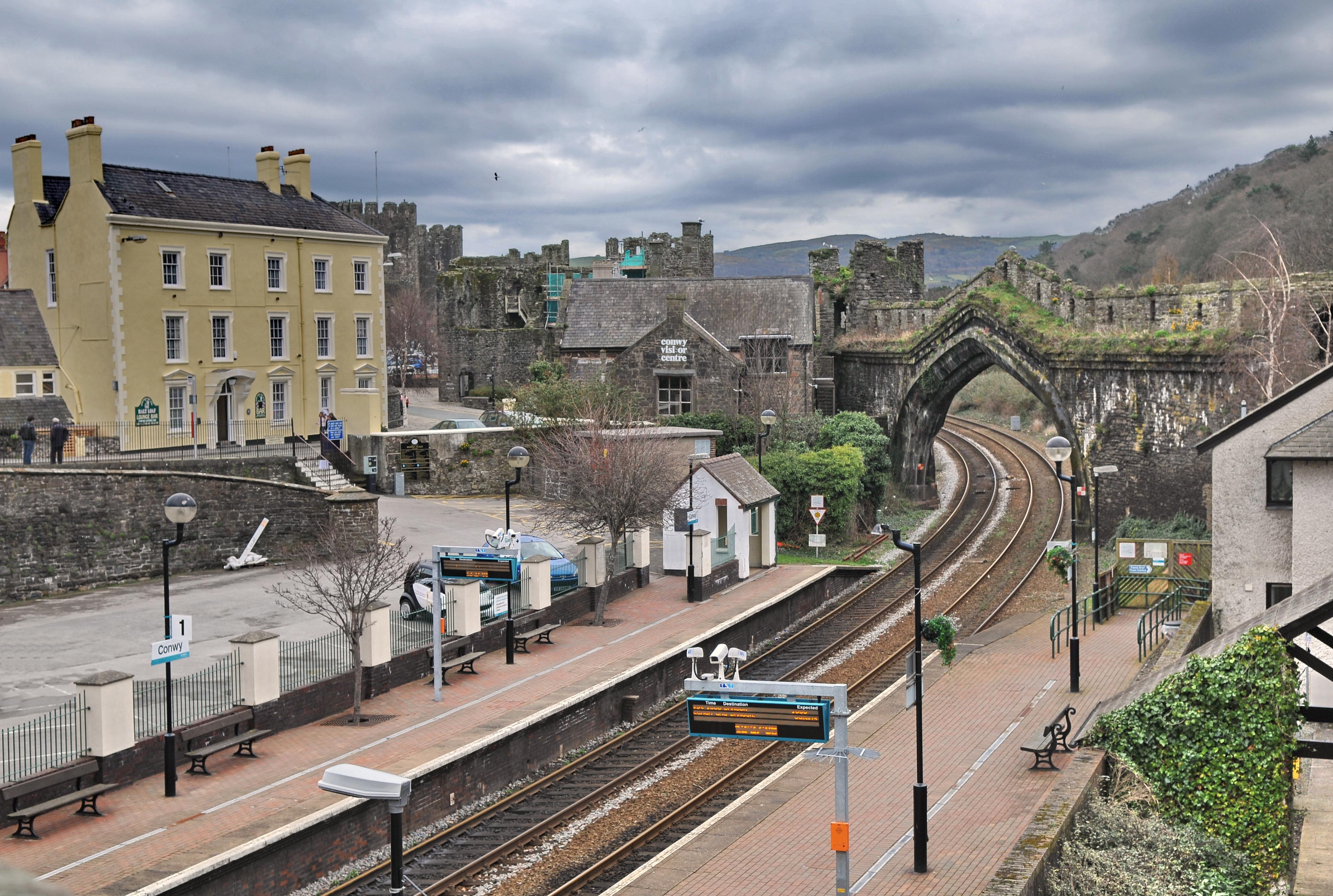 2 Llanfairfechan Bangor Line. Conway Penmaenmawr Railway Station Photo