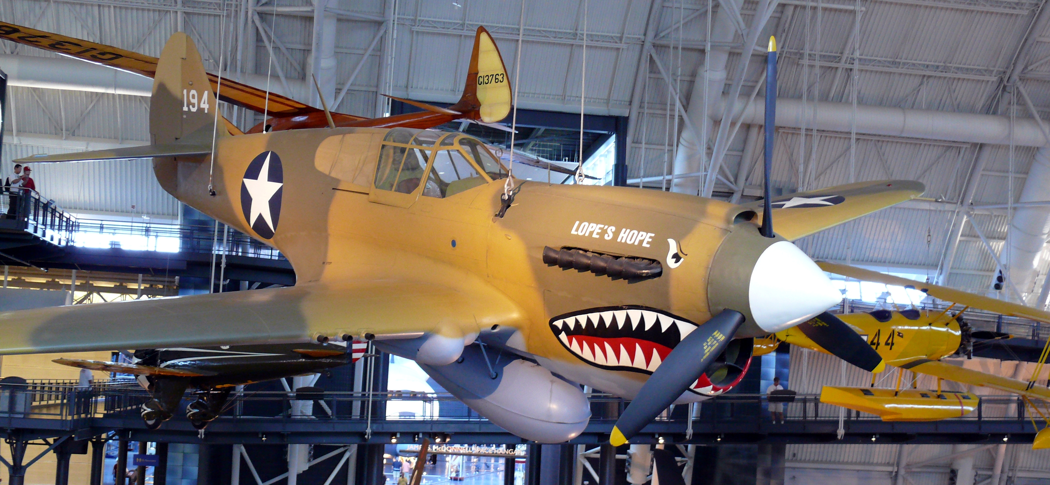 File:Curtiss P-40 Kittyhawk.JPG - Wikimedia Commons